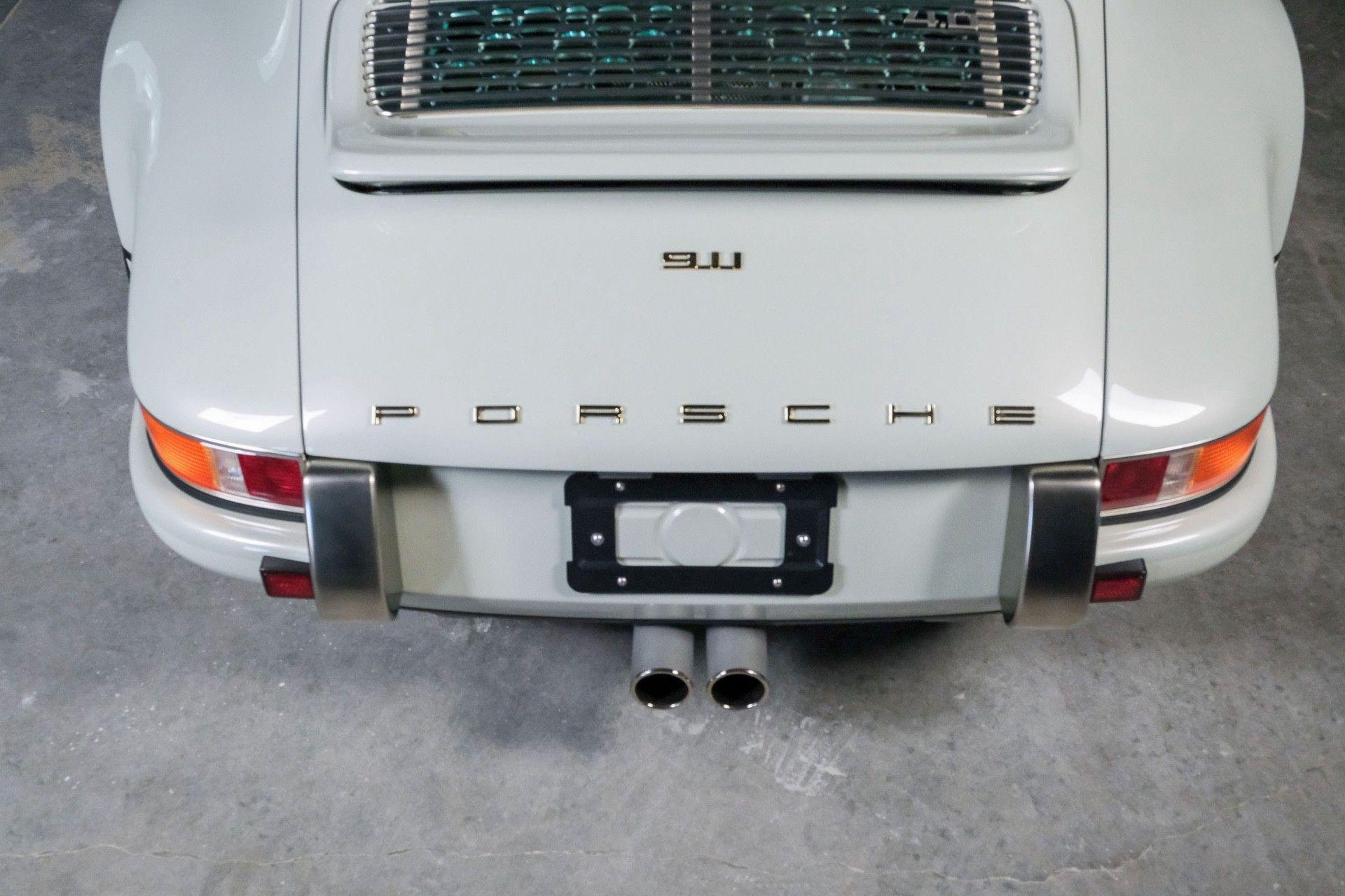 1989_Porsche_911_Reimagined_by_Singer-0065