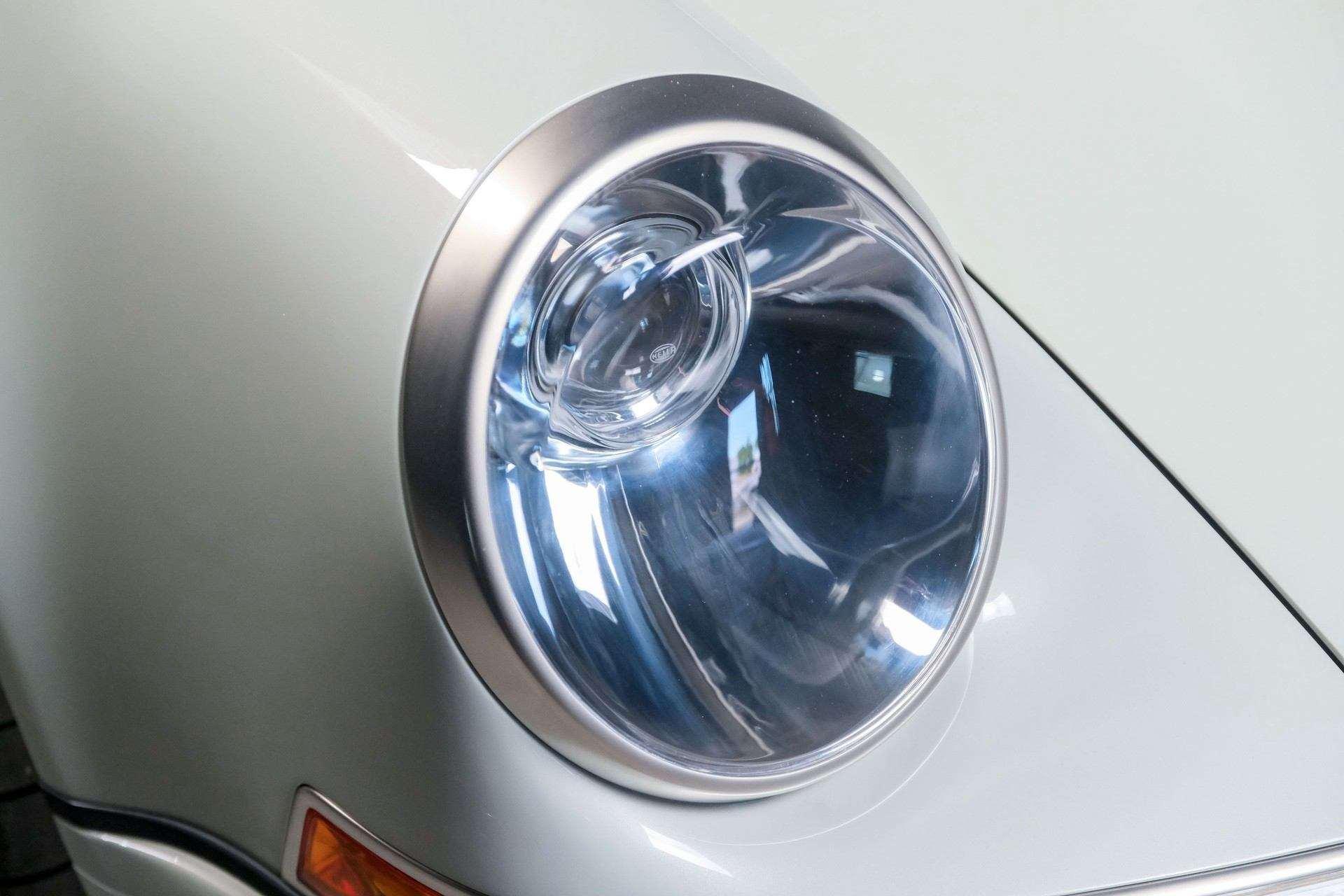 1989_Porsche_911_Reimagined_by_Singer-0074