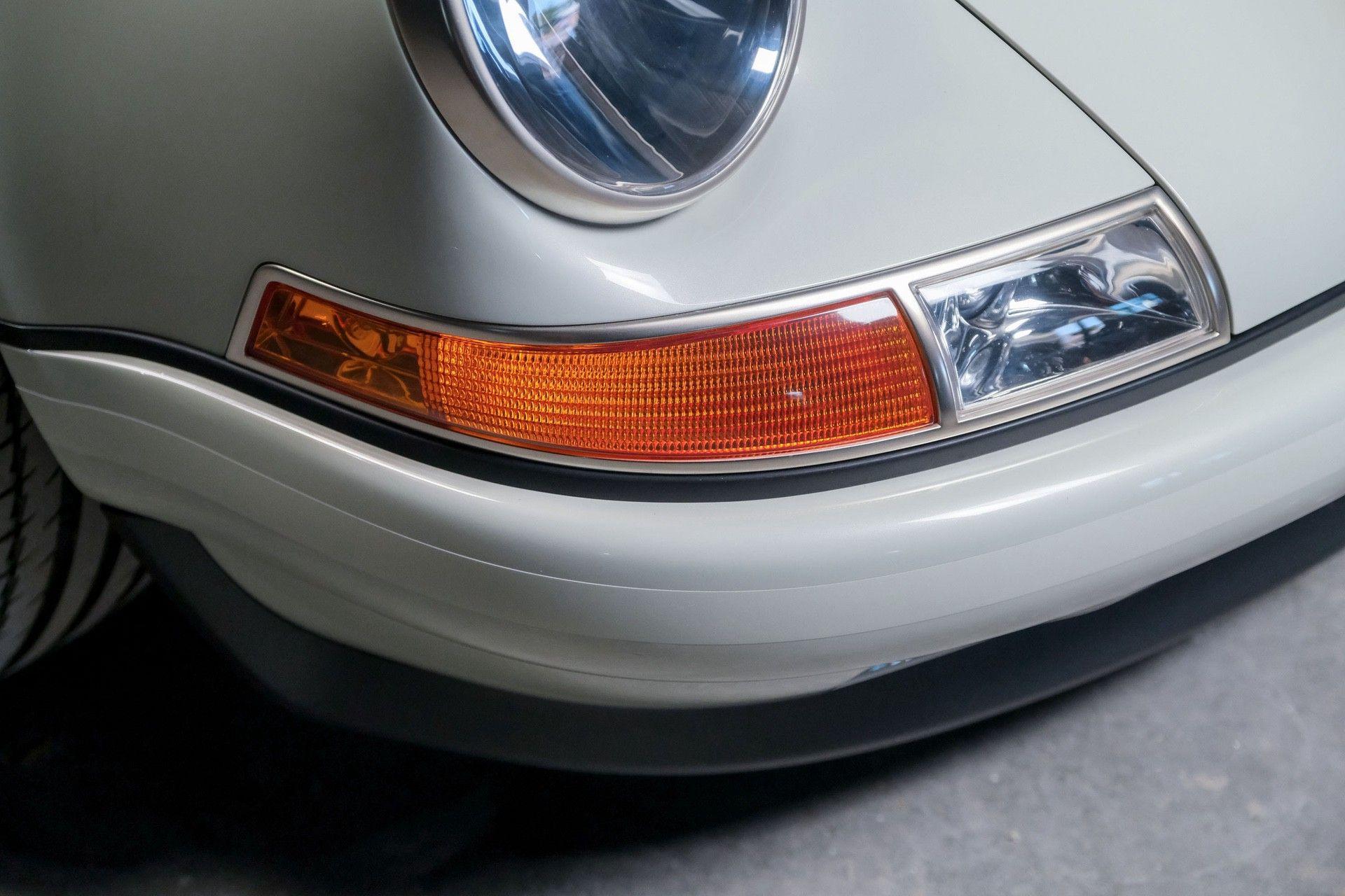 1989_Porsche_911_Reimagined_by_Singer-0075