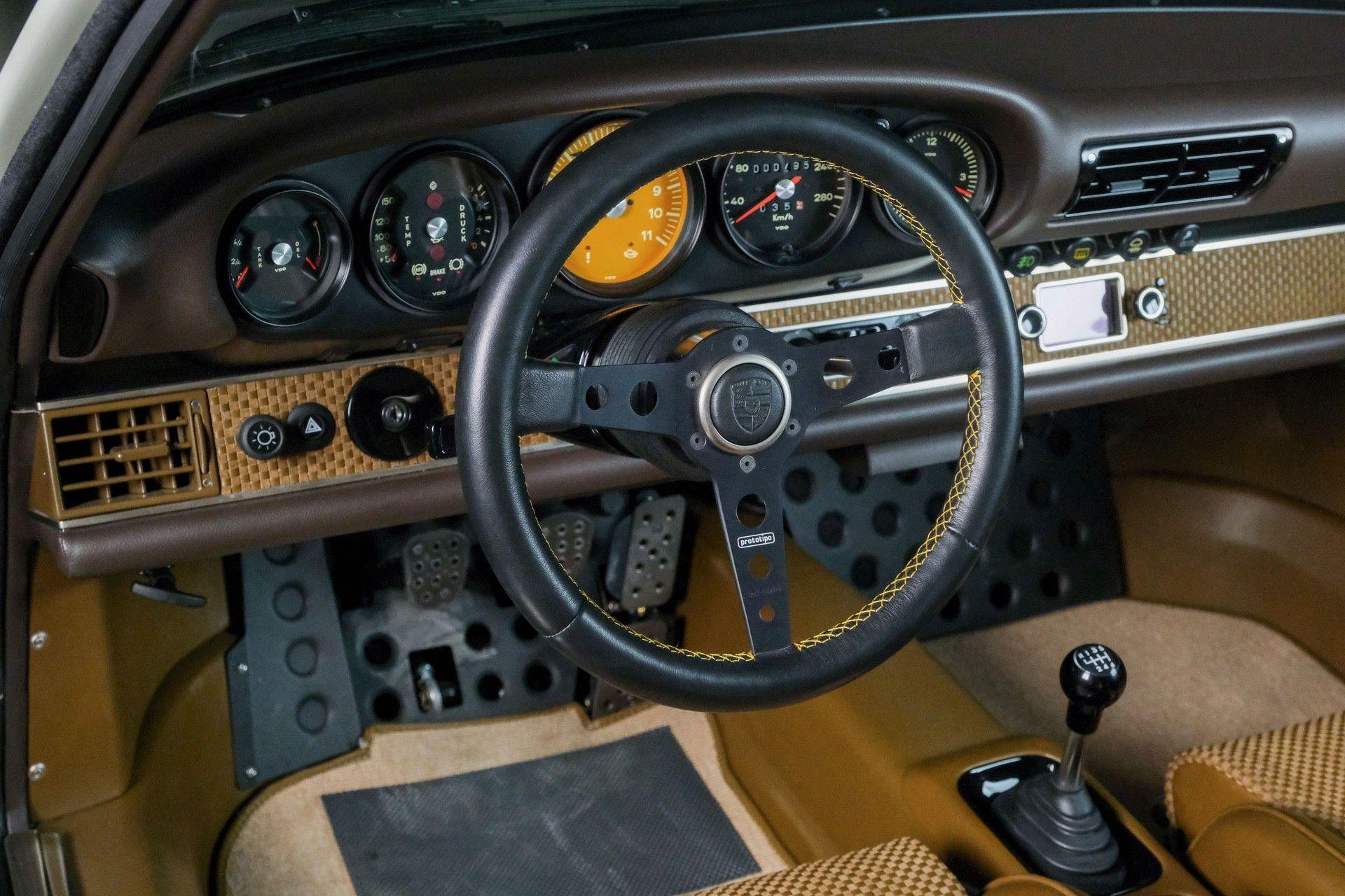1989_Porsche_911_Reimagined_by_Singer-0079