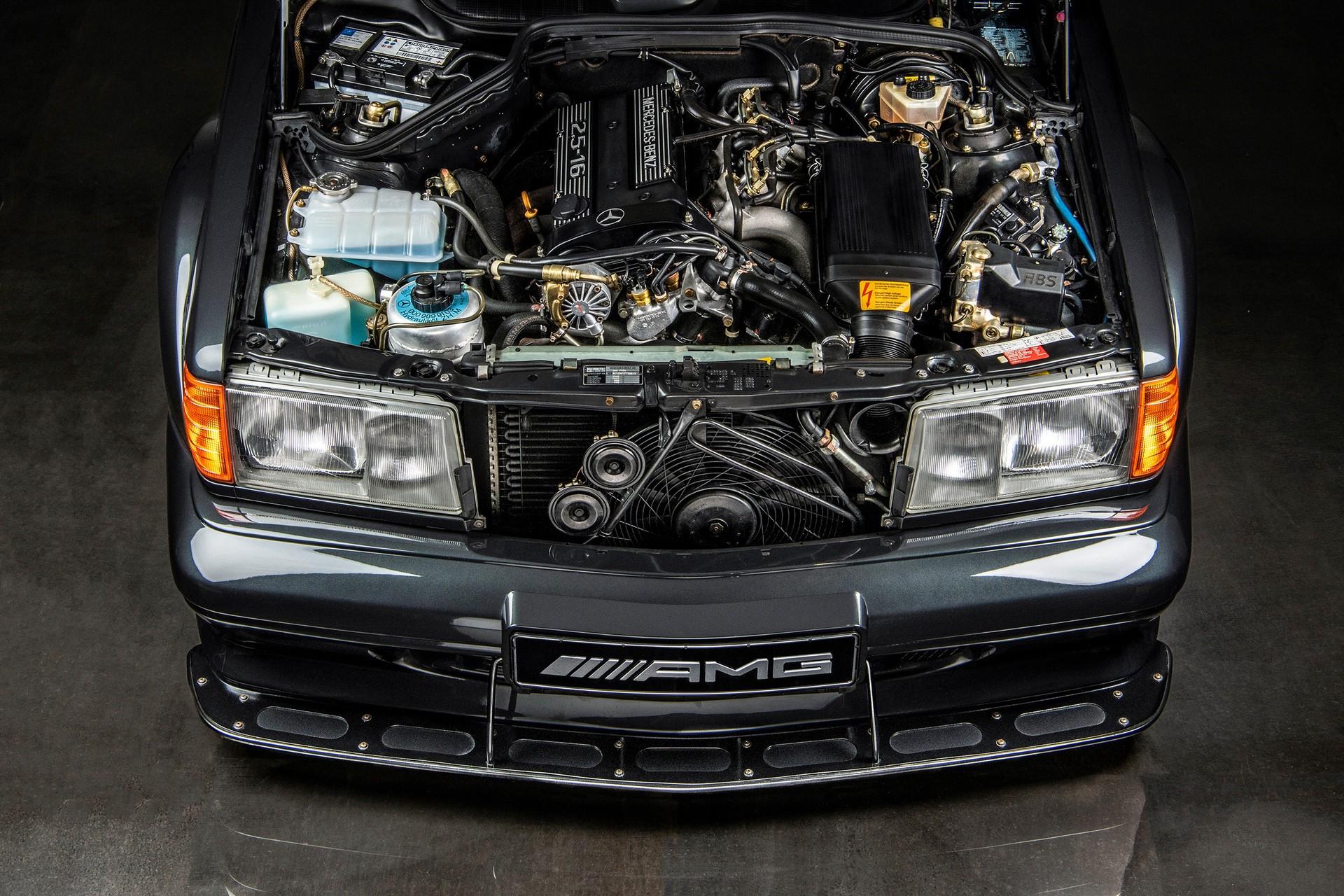 1990_Mercedes_Benz_190E_25-16_Evolution_II_sales_0002
