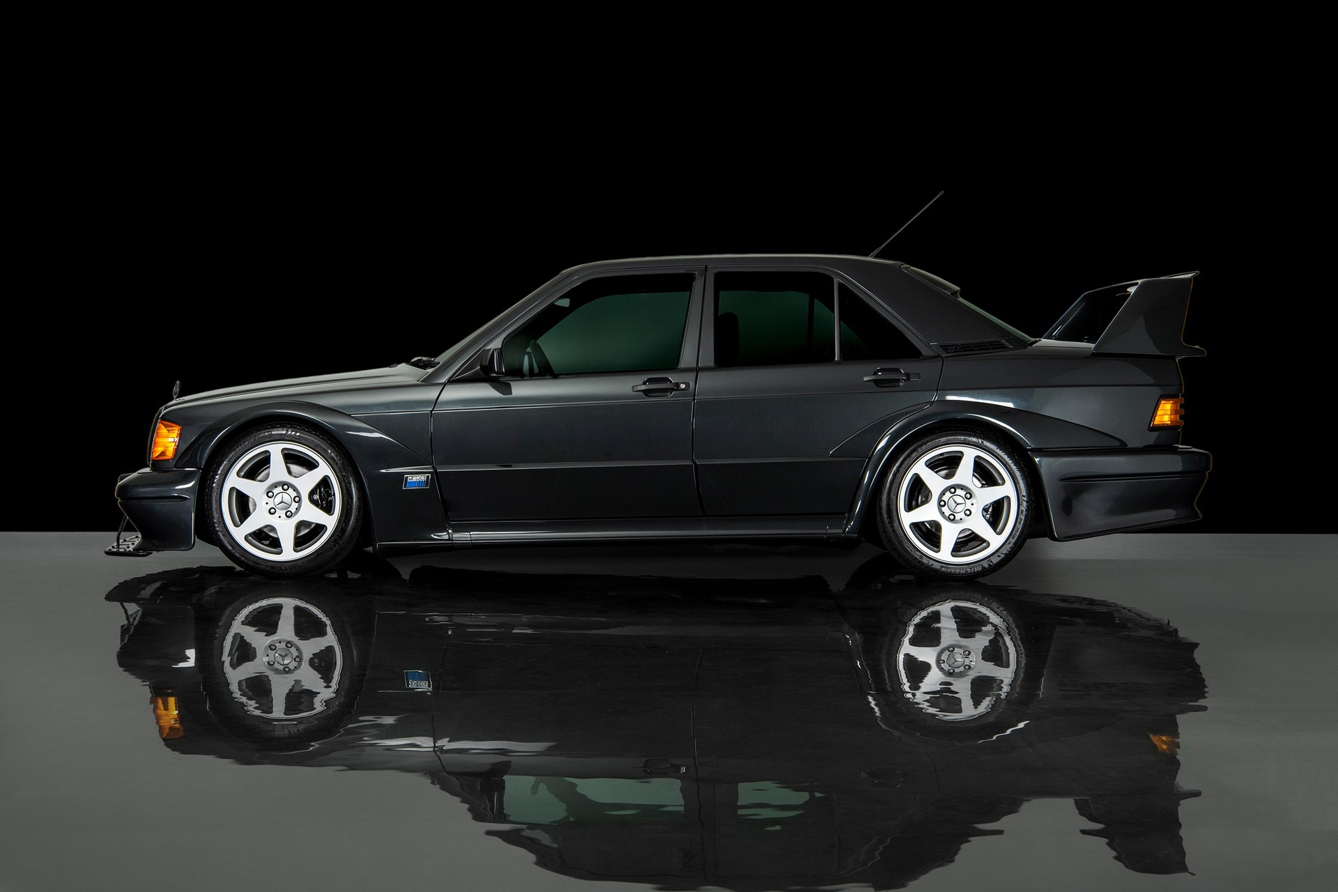 1990_Mercedes_Benz_190E_25-16_Evolution_II_sales_0011