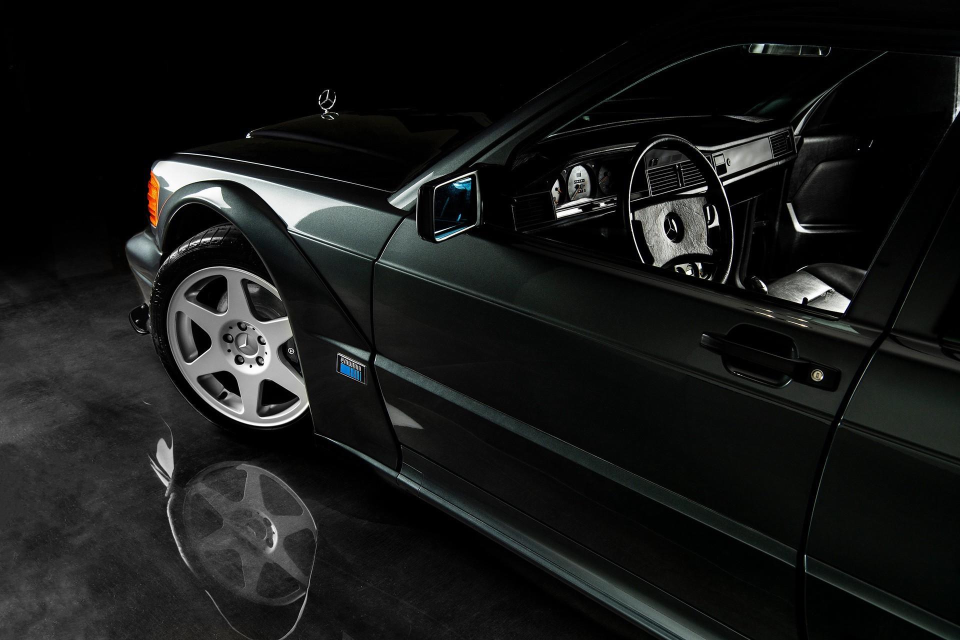 1990_Mercedes_Benz_190E_25-16_Evolution_II_sales_0033
