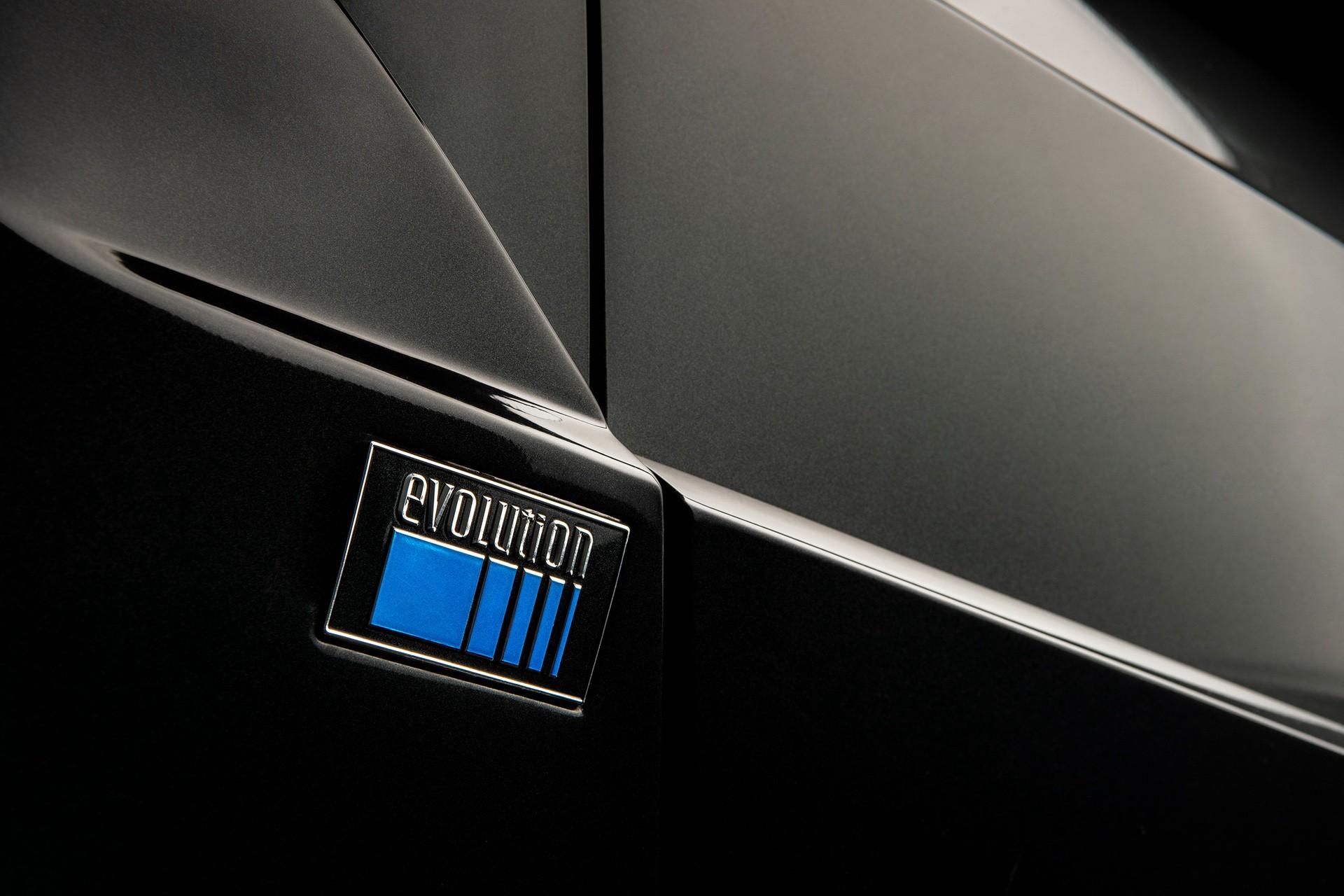 1990_Mercedes_Benz_190E_25-16_Evolution_II_sales_0036
