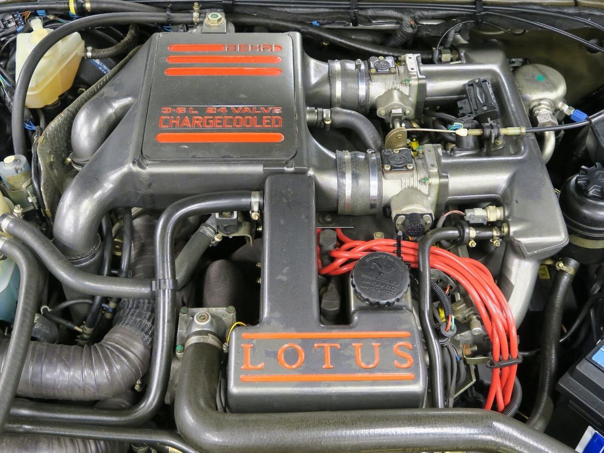 1991-Lotus-Carlton-10