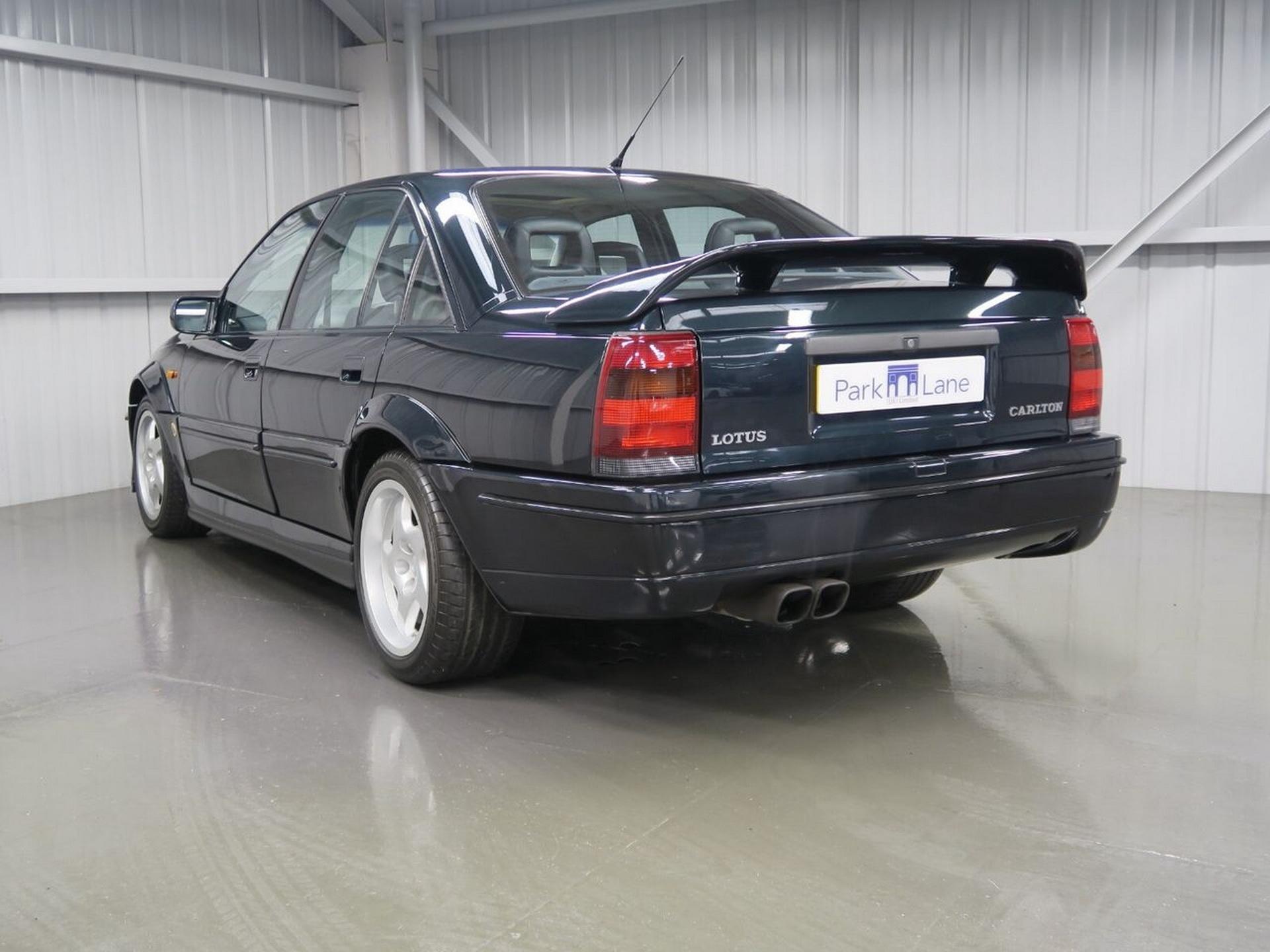 1991-Lotus-Carlton-13