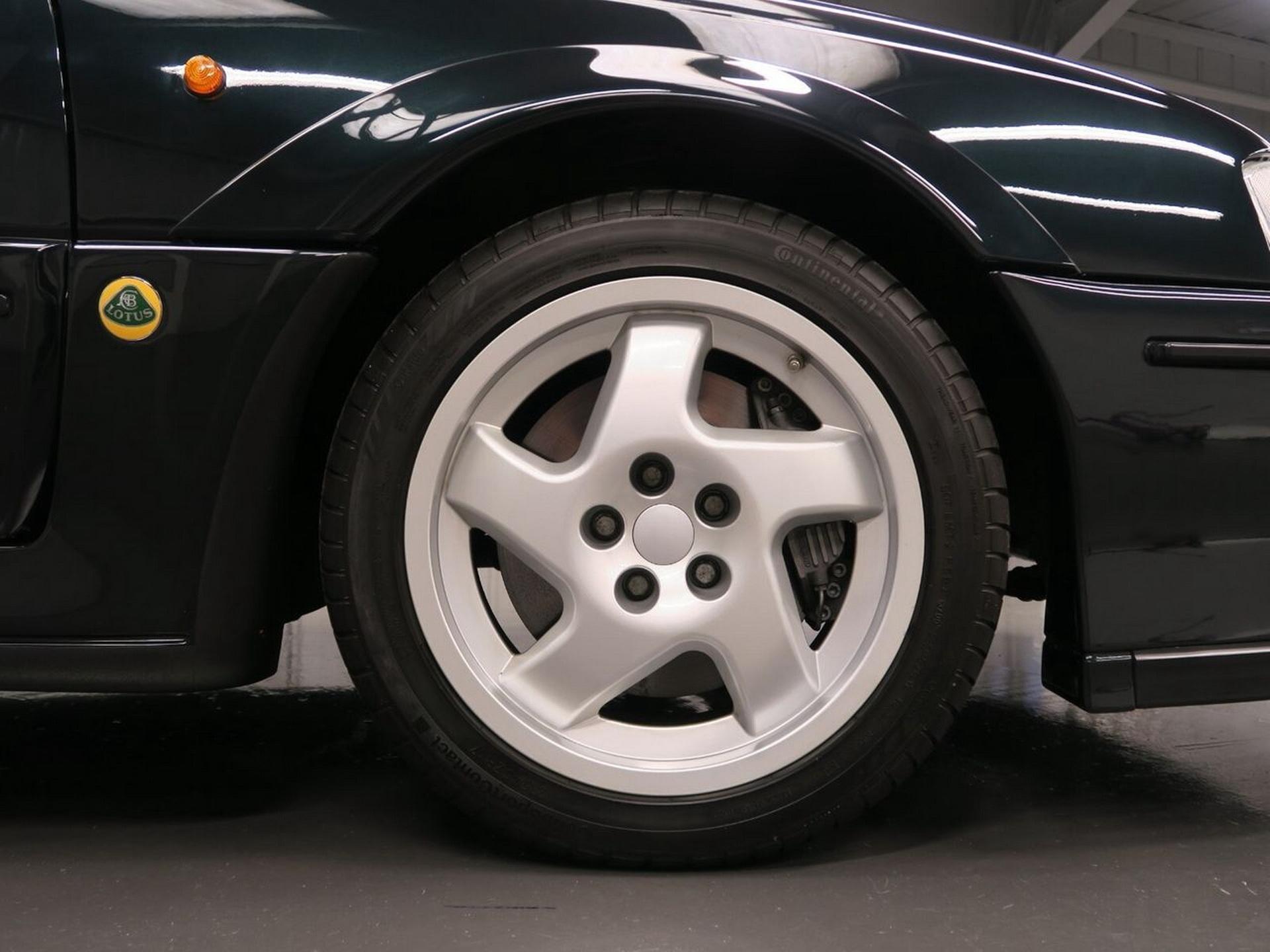 1991-Lotus-Carlton-7