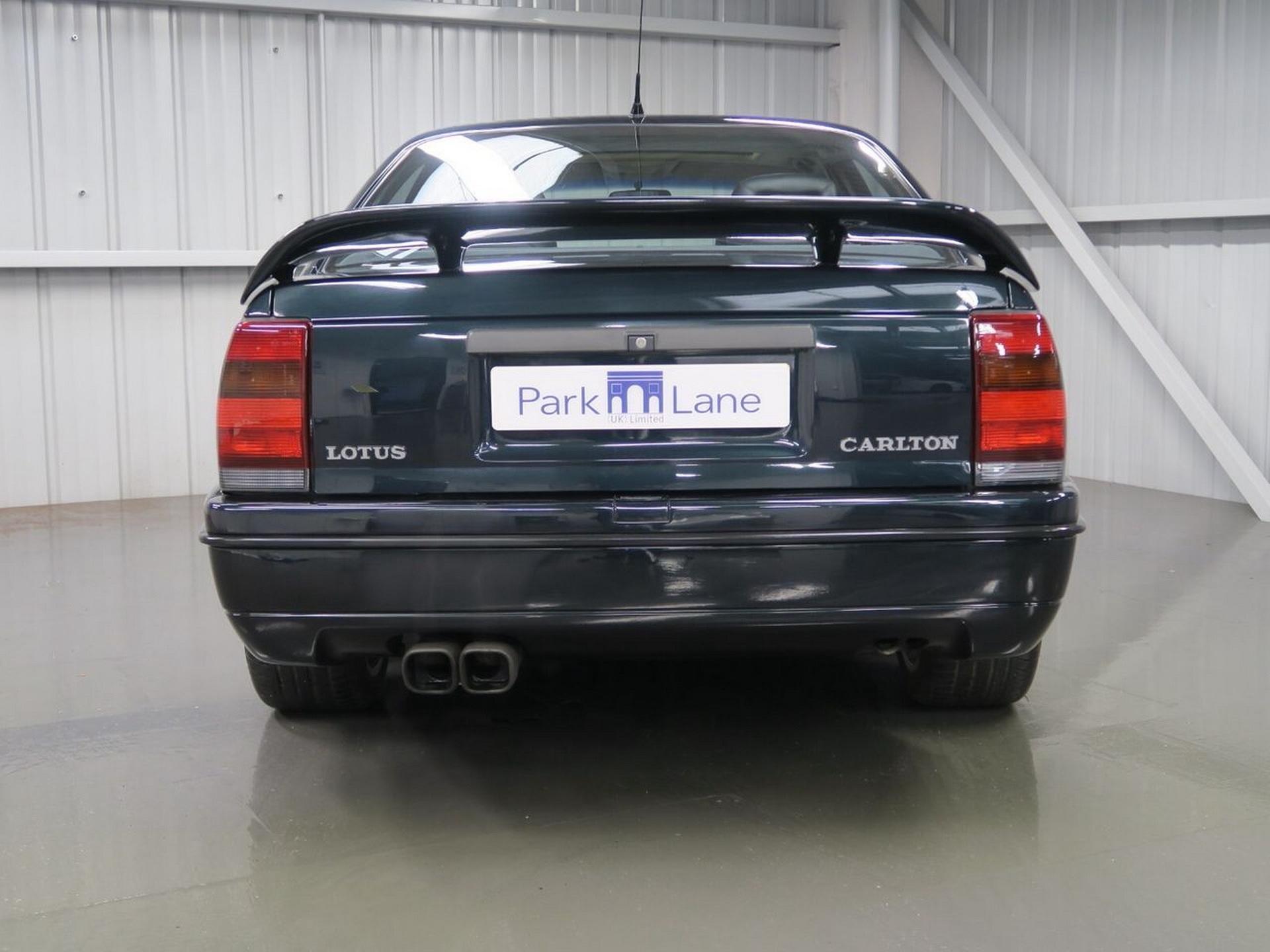 1991-Lotus-Carlton-8