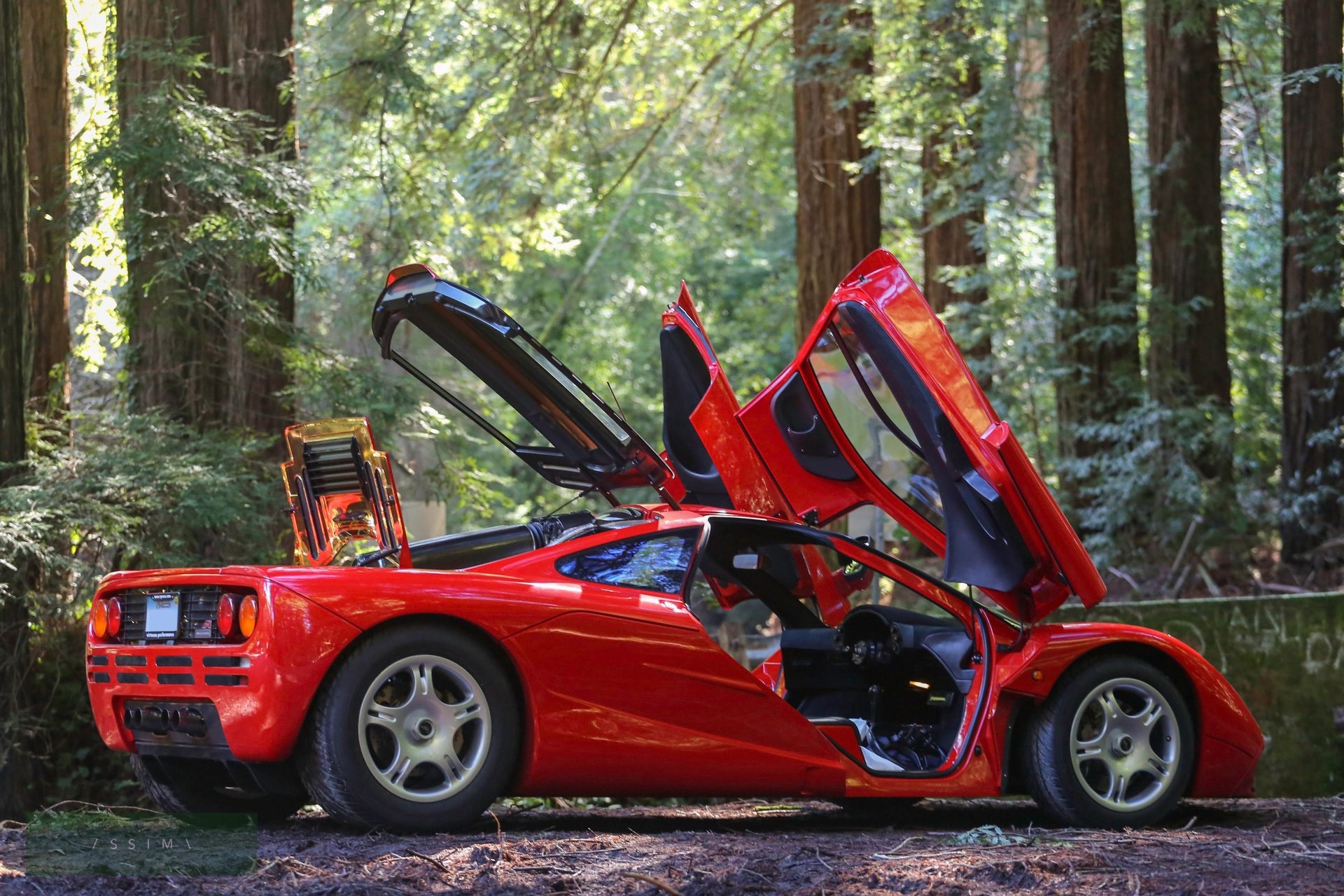 1995_McLaren_F1_sale-0000