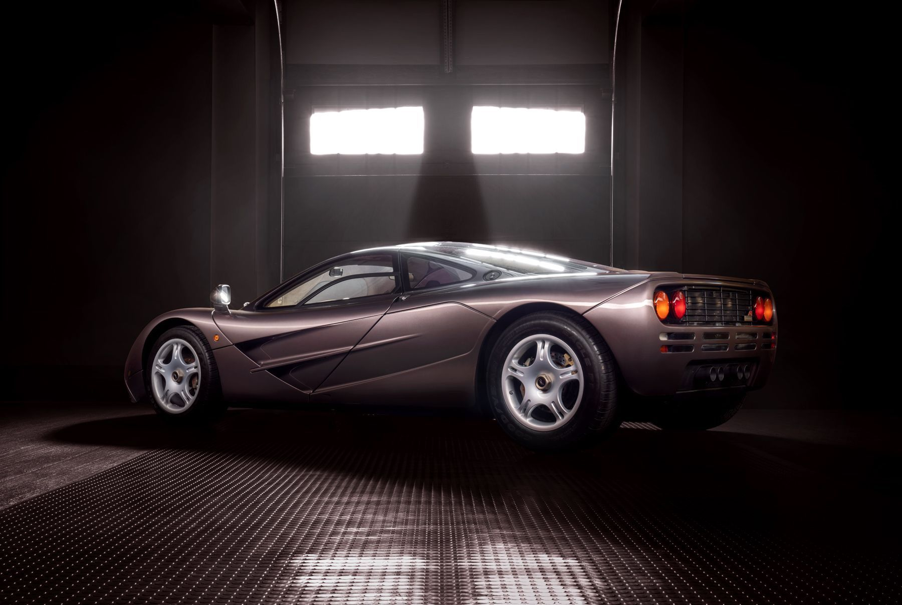 1995_McLaren_F1_original_sale-0002