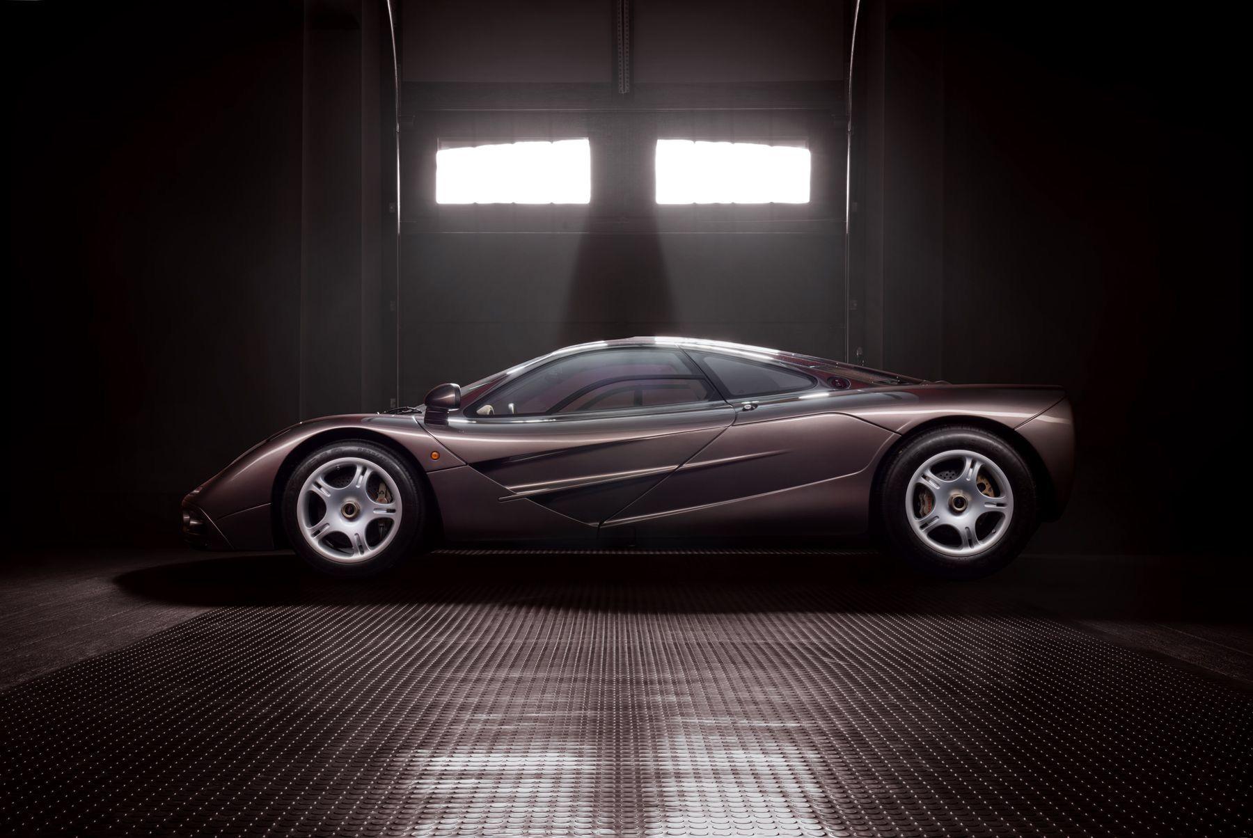 1995_McLaren_F1_original_sale-0003