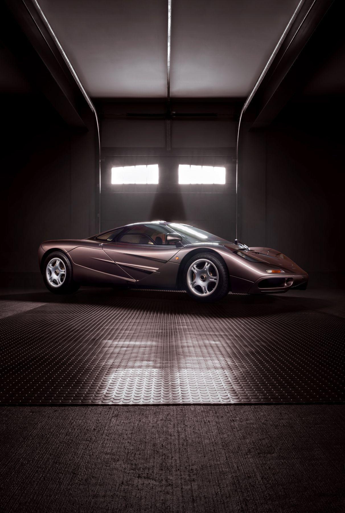 1995_McLaren_F1_original_sale-0006