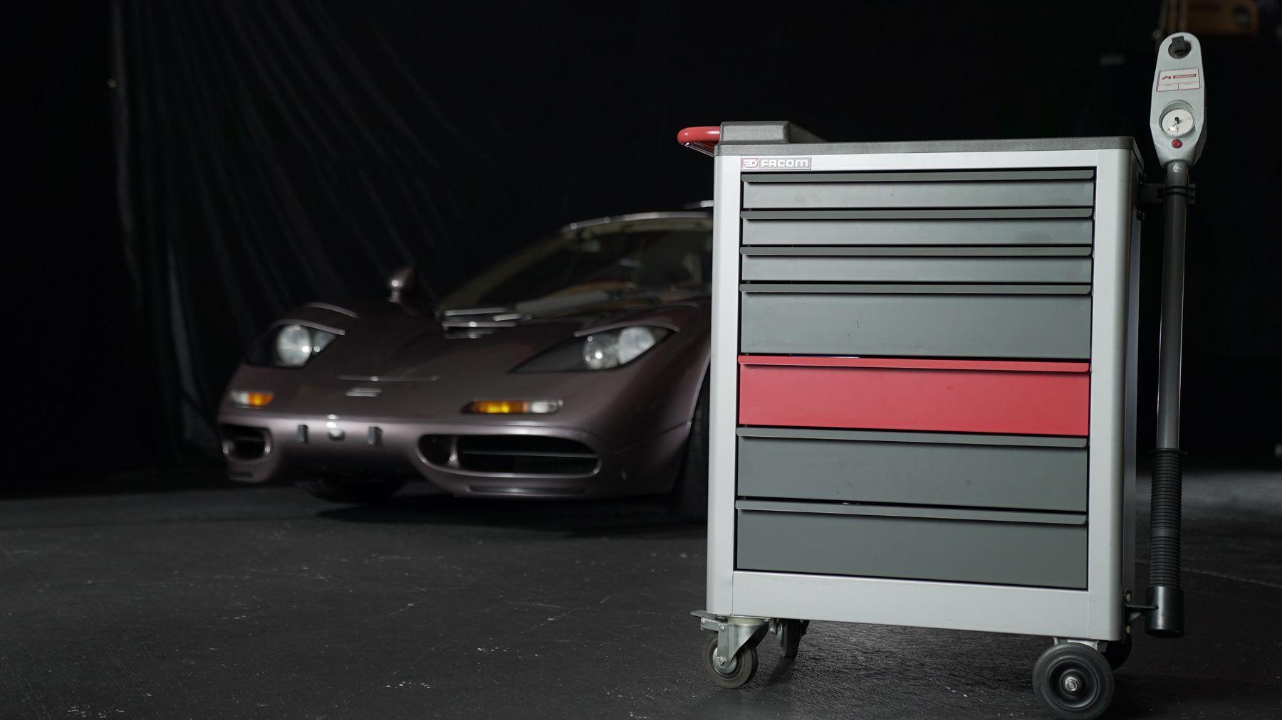 1995_McLaren_F1_original_sale-0013