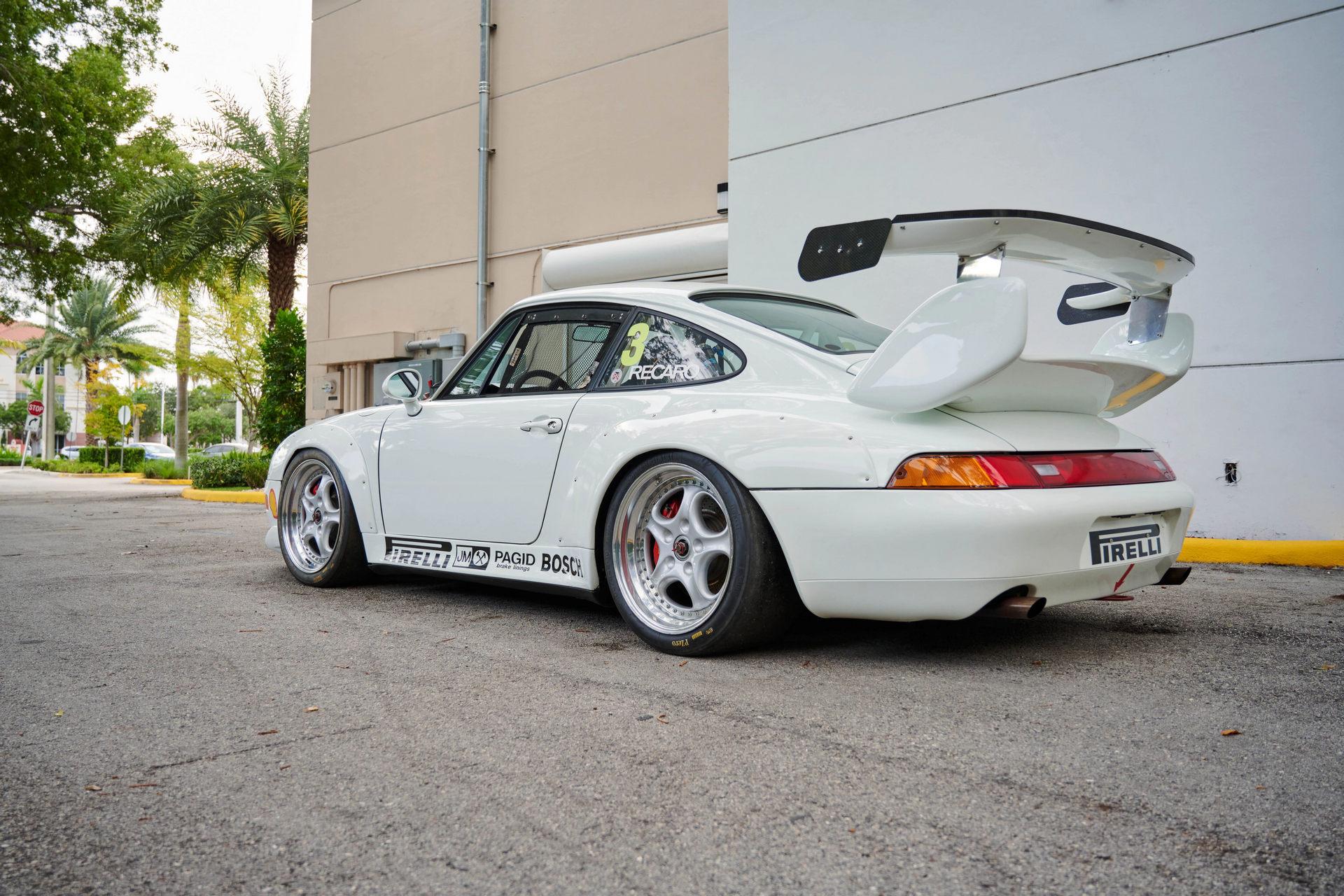 Porsche-911-3.8-Cup-3