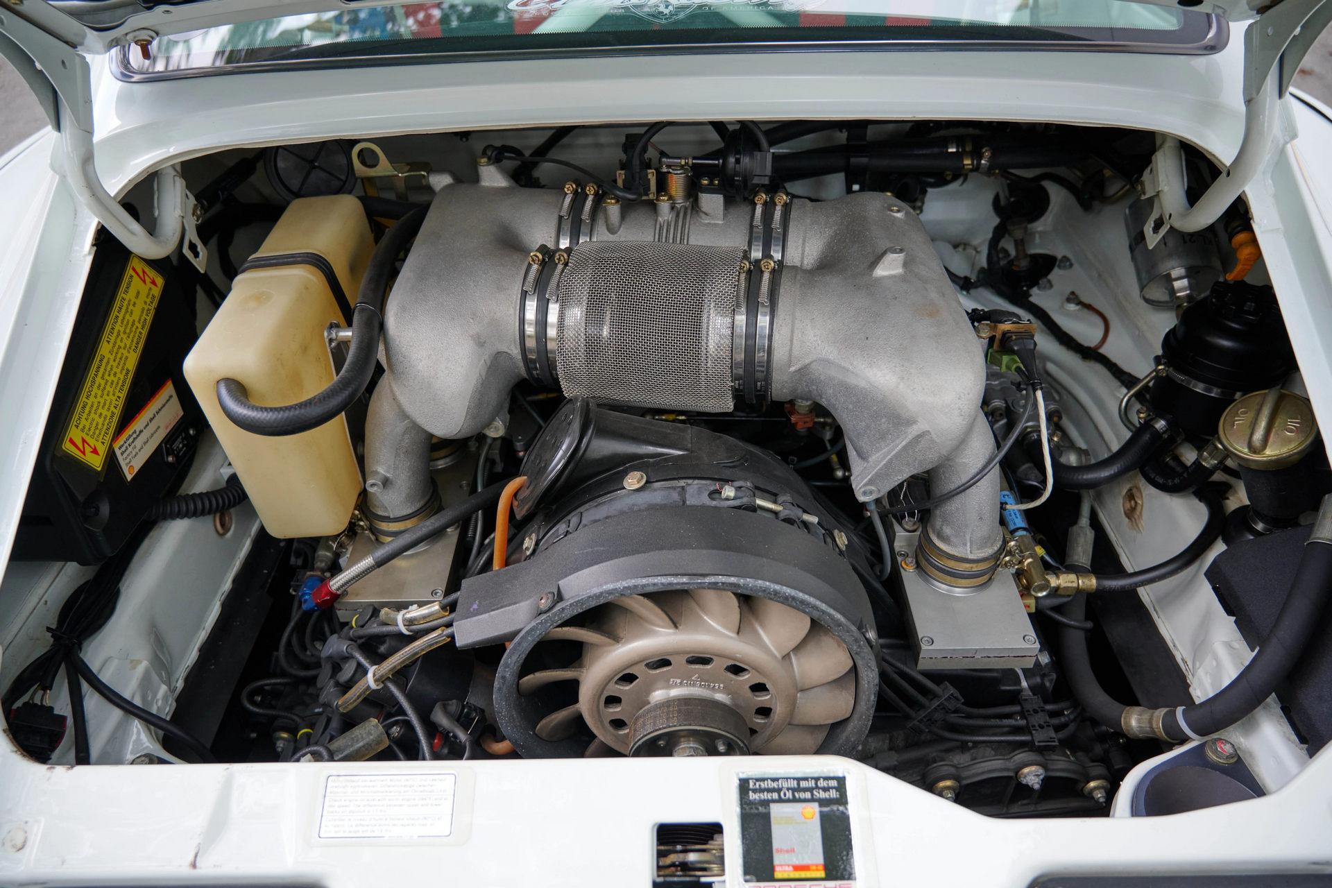 Porsche-911-3.8-Cup-8