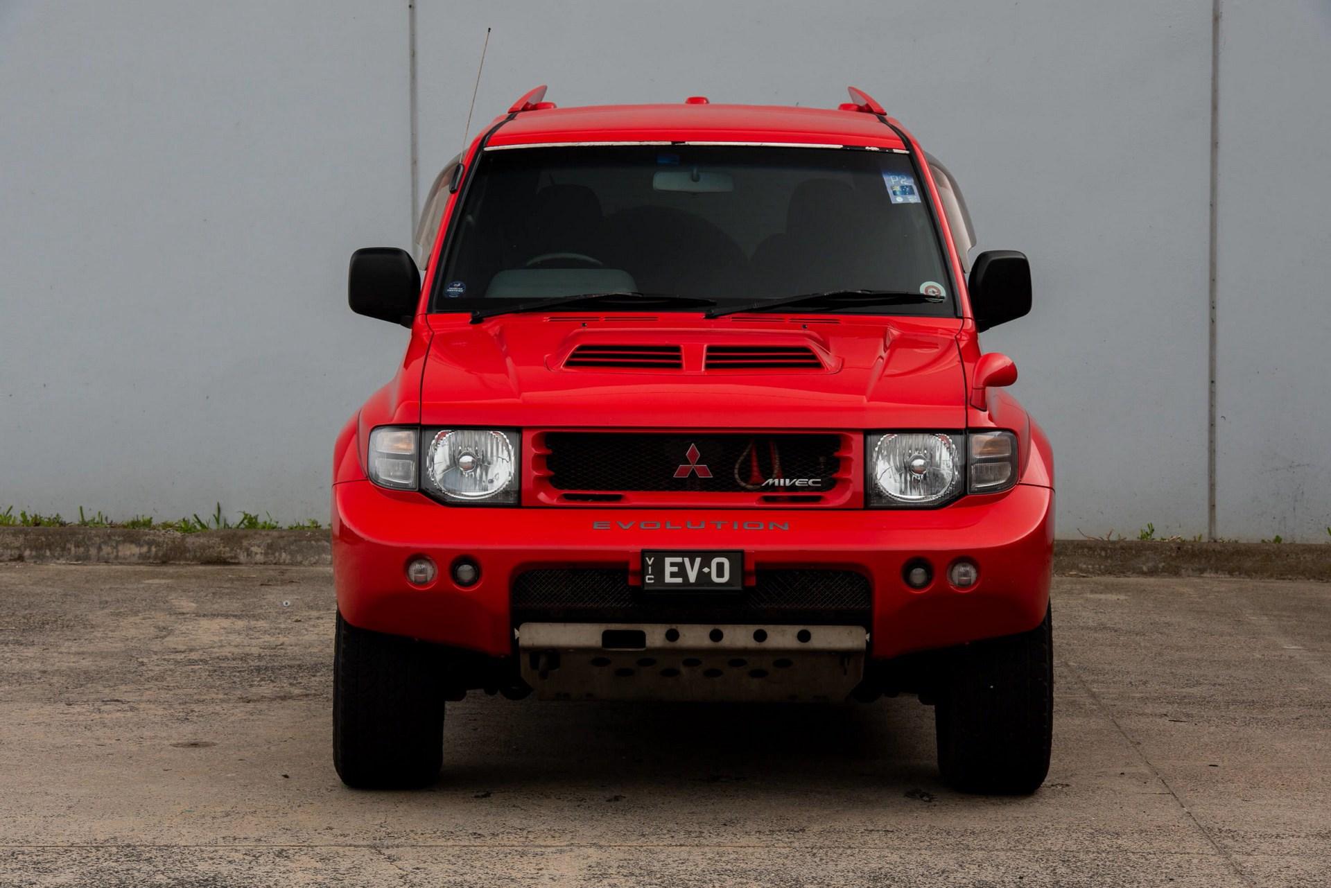 1997_Mitsubishi_Pajero_Evo_sale-0007