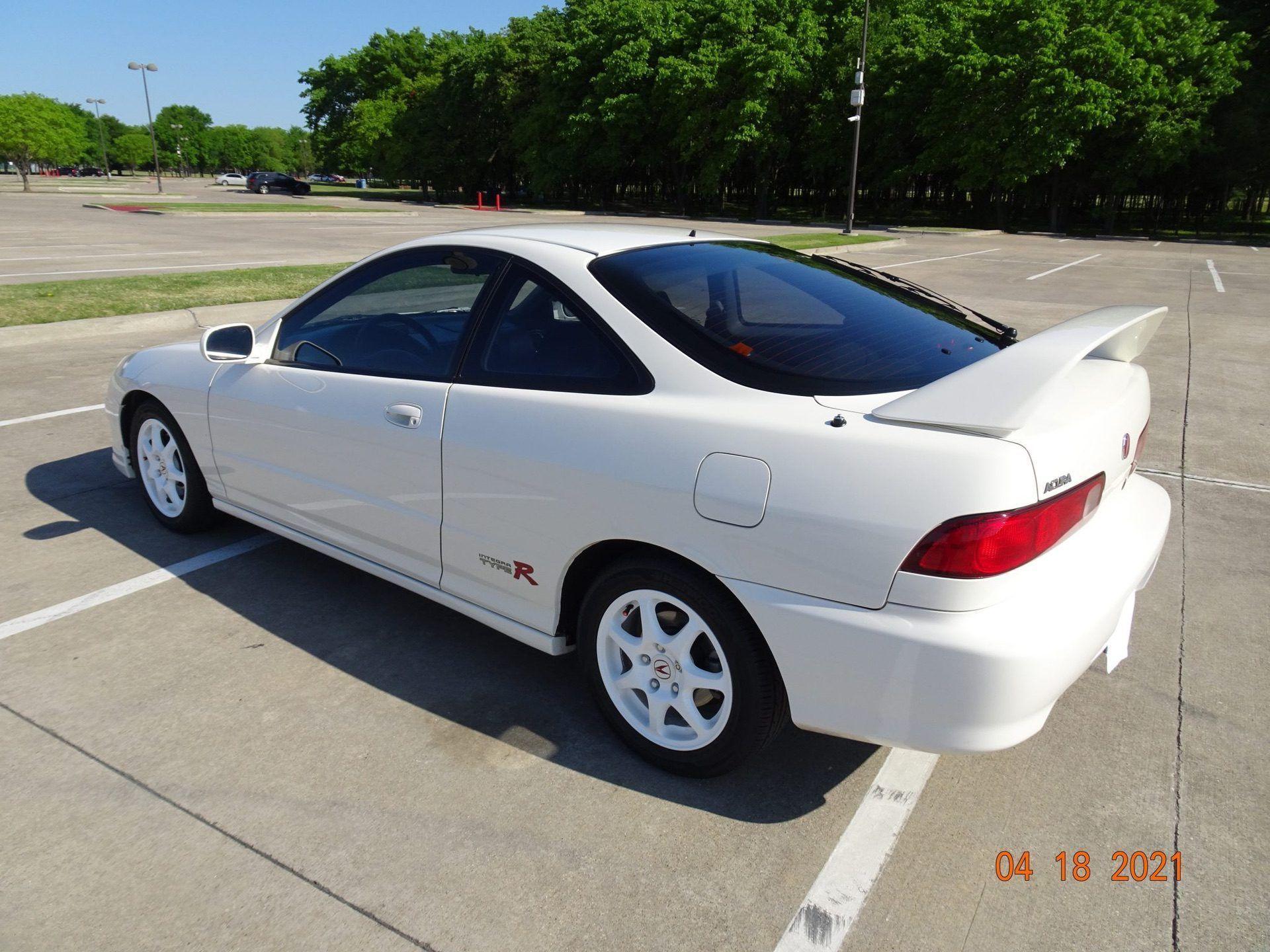 1998-Acura-Integra-Type-R-0003