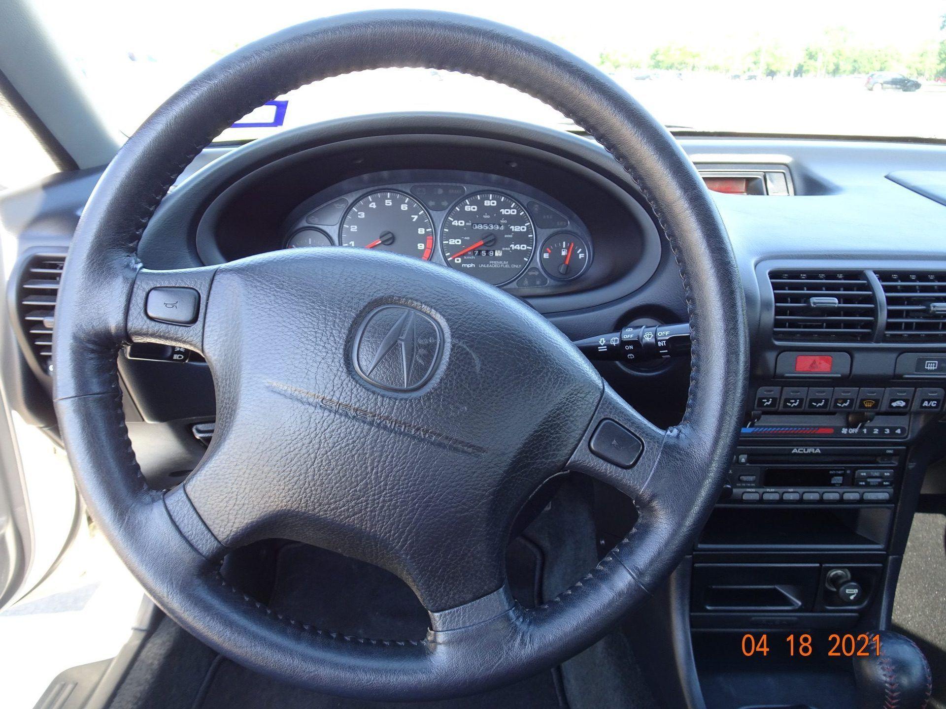 1998-Acura-Integra-Type-R-0004
