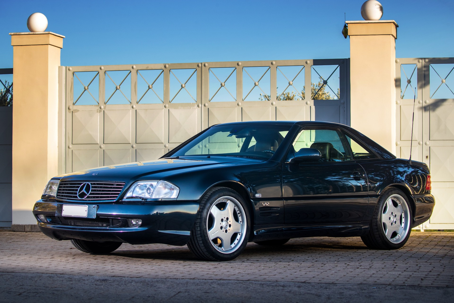 1999-Mercedes-Benz-SL-73-AMG-_0
