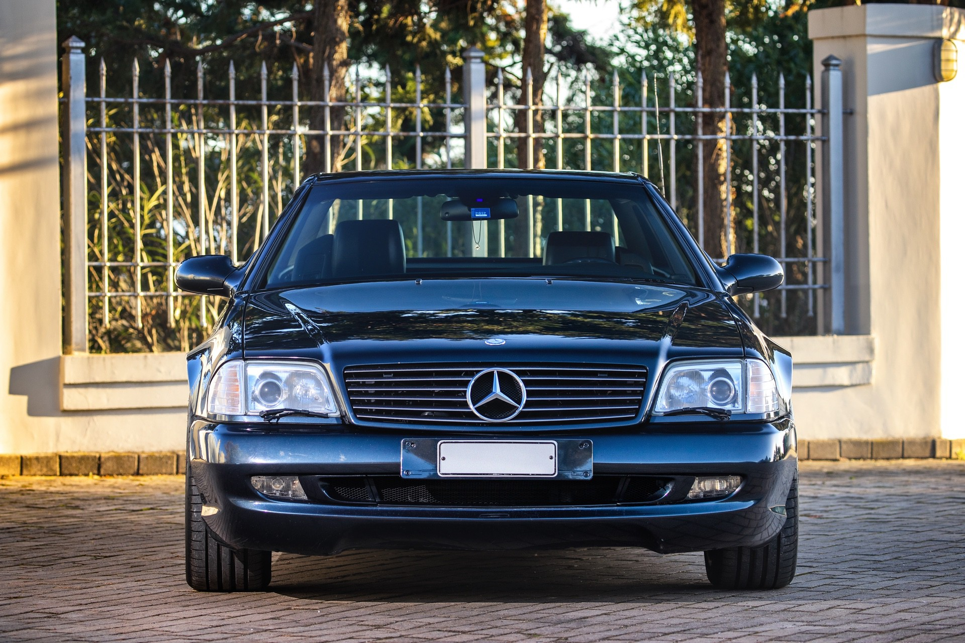 1999-Mercedes-Benz-SL-73-AMG-_7