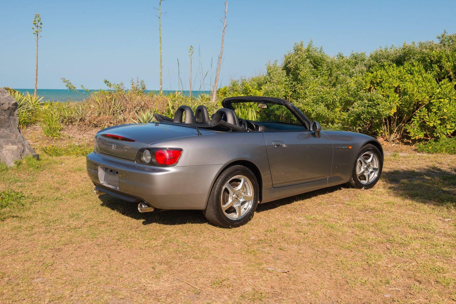 2000_Honda_S2000_auction-0001