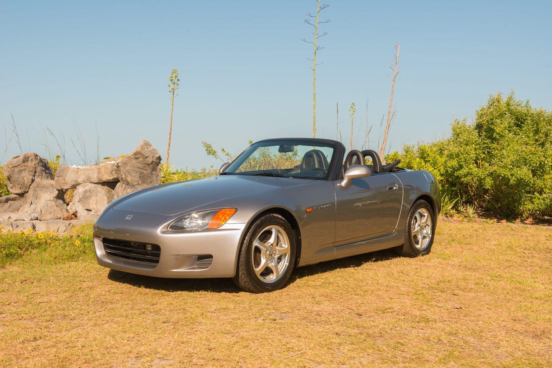 2000_Honda_S2000_auction-0002
