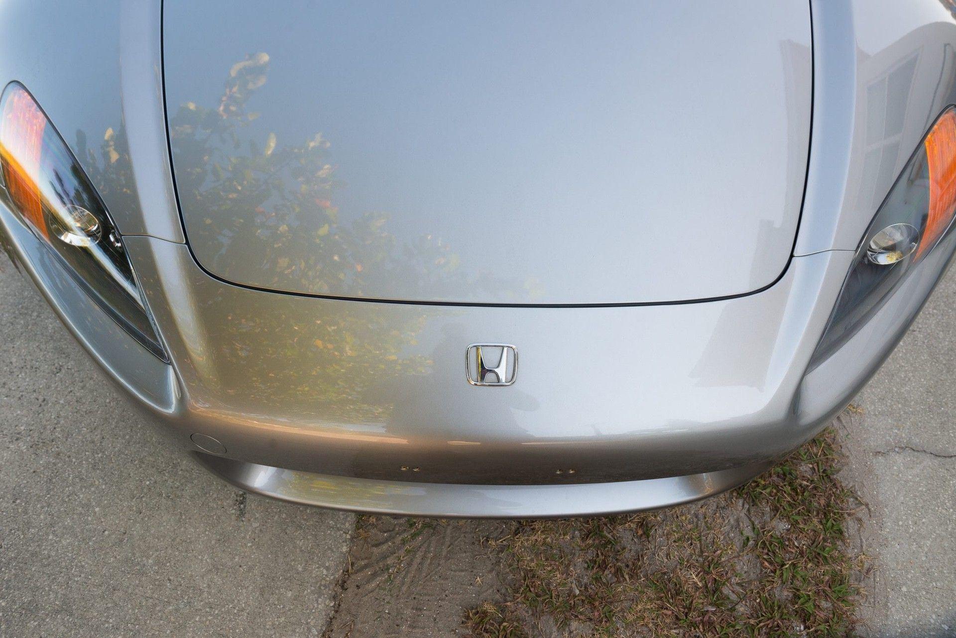 2000_Honda_S2000_auction-0017