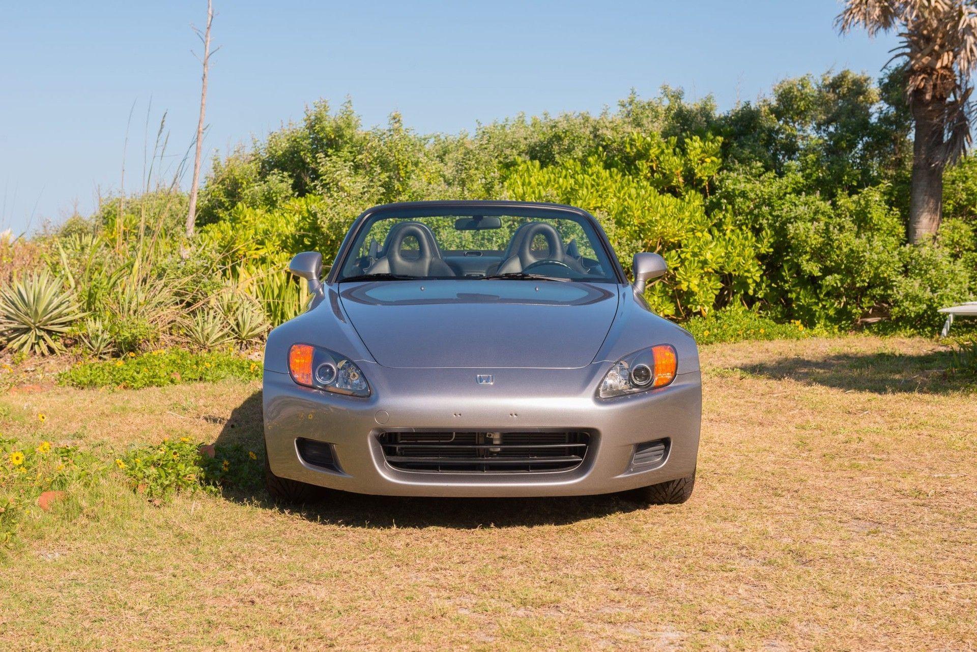2000_Honda_S2000_auction-0036