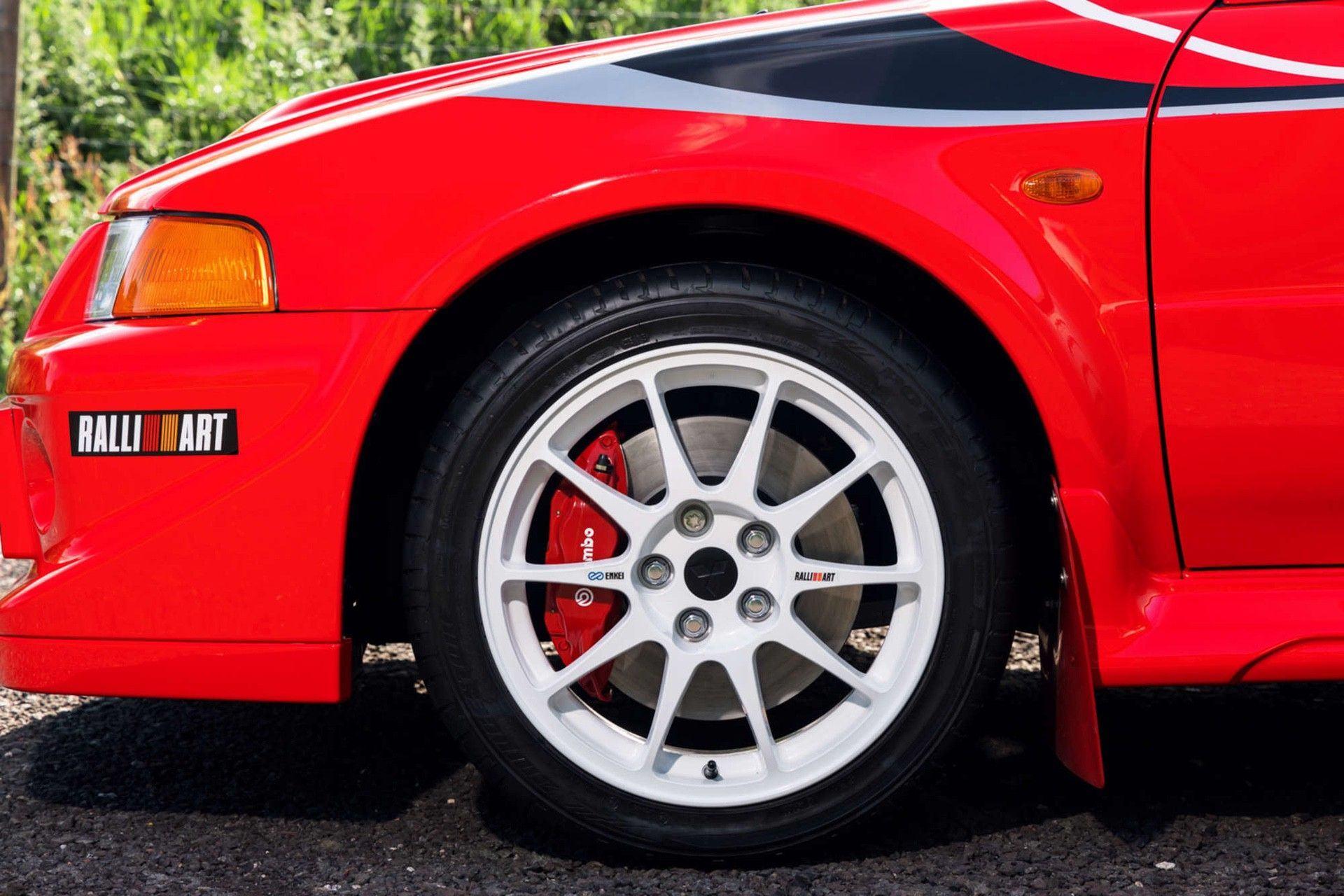 2000_Mitsubishi_Lancer_Evolution_VI_Tommi_Makinen_Edition_sale-0000