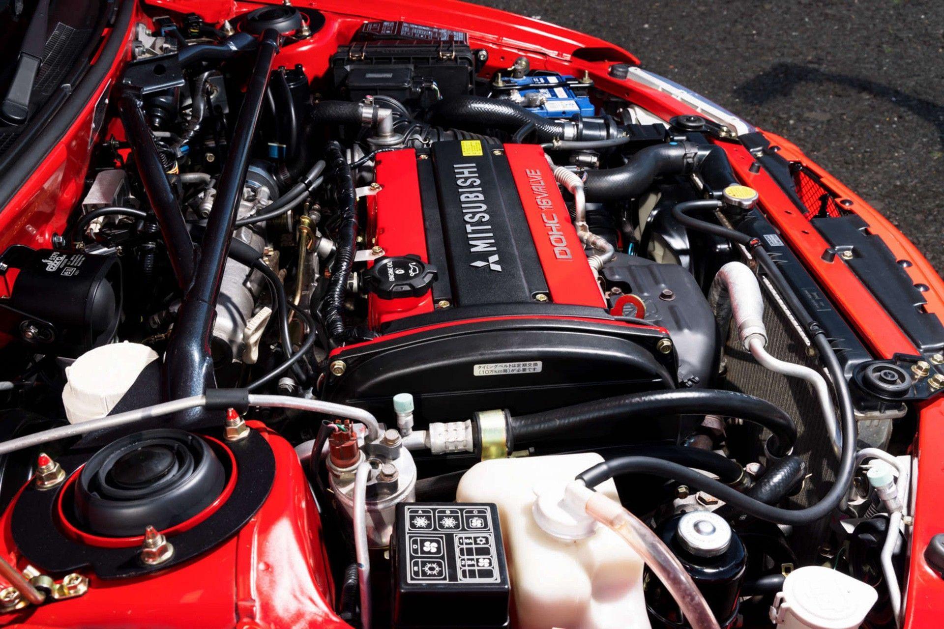 2000_Mitsubishi_Lancer_Evolution_VI_Tommi_Makinen_Edition_sale-0003