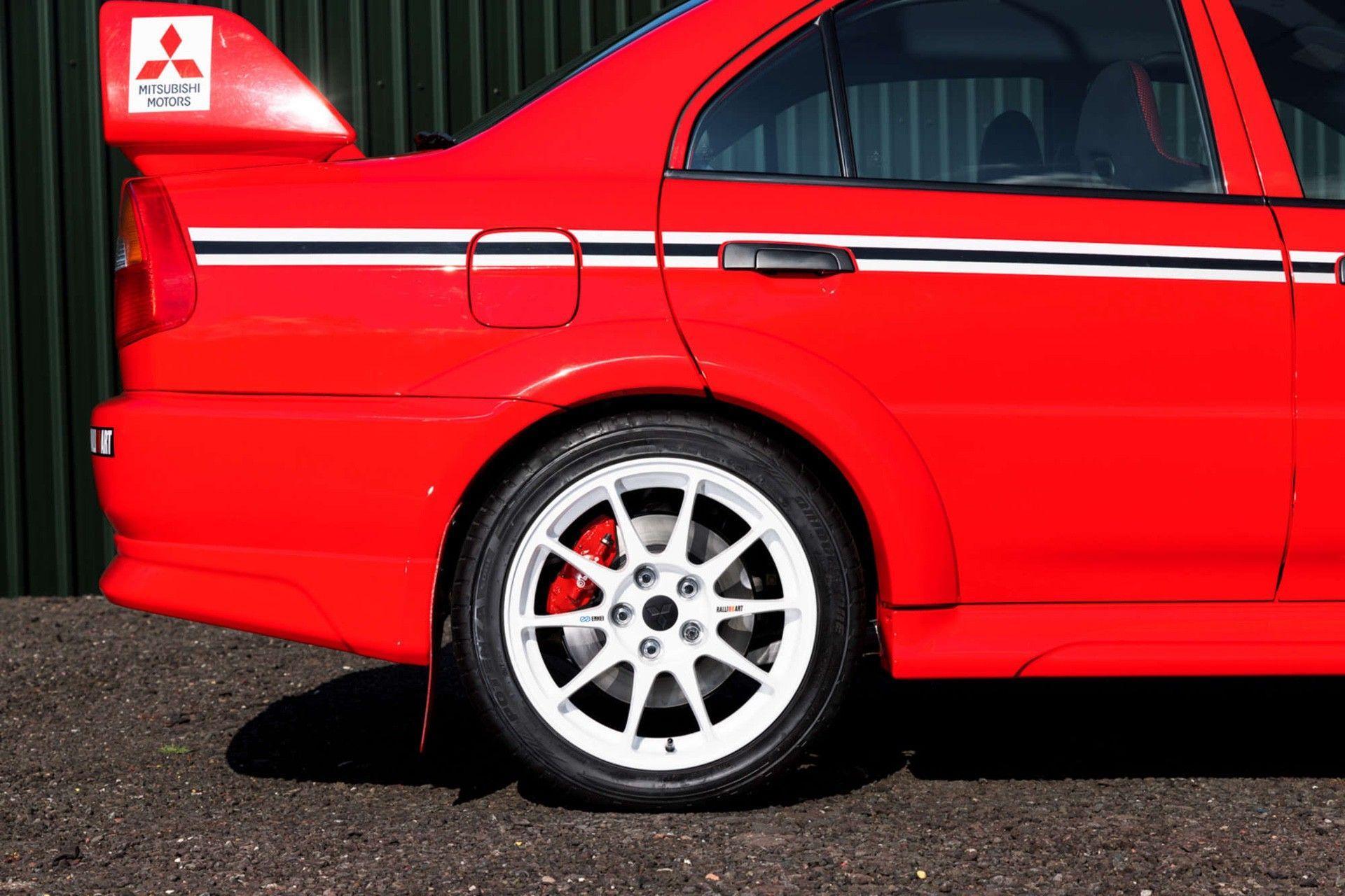 2000_Mitsubishi_Lancer_Evolution_VI_Tommi_Makinen_Edition_sale-0006
