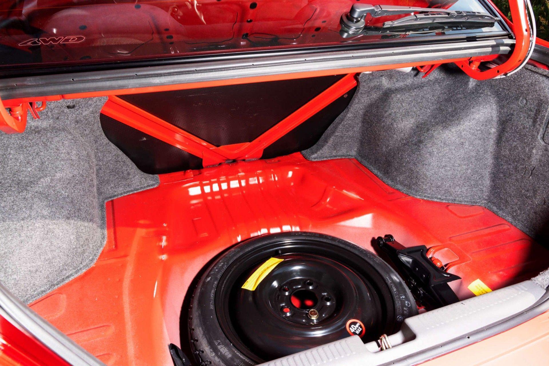 2000_Mitsubishi_Lancer_Evolution_VI_Tommi_Makinen_Edition_sale-0013