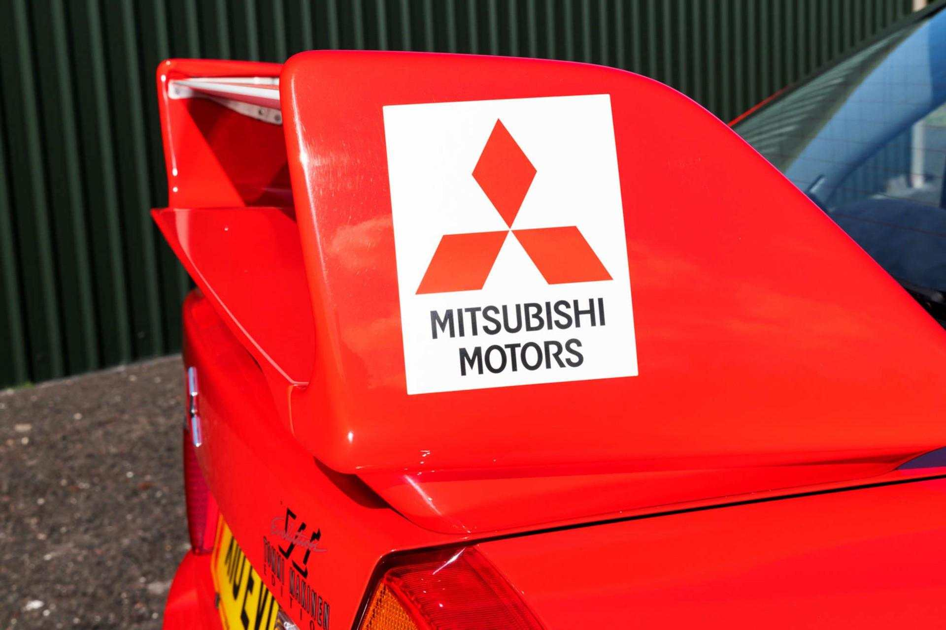 2000_Mitsubishi_Lancer_Evolution_VI_Tommi_Makinen_Edition_sale-0019