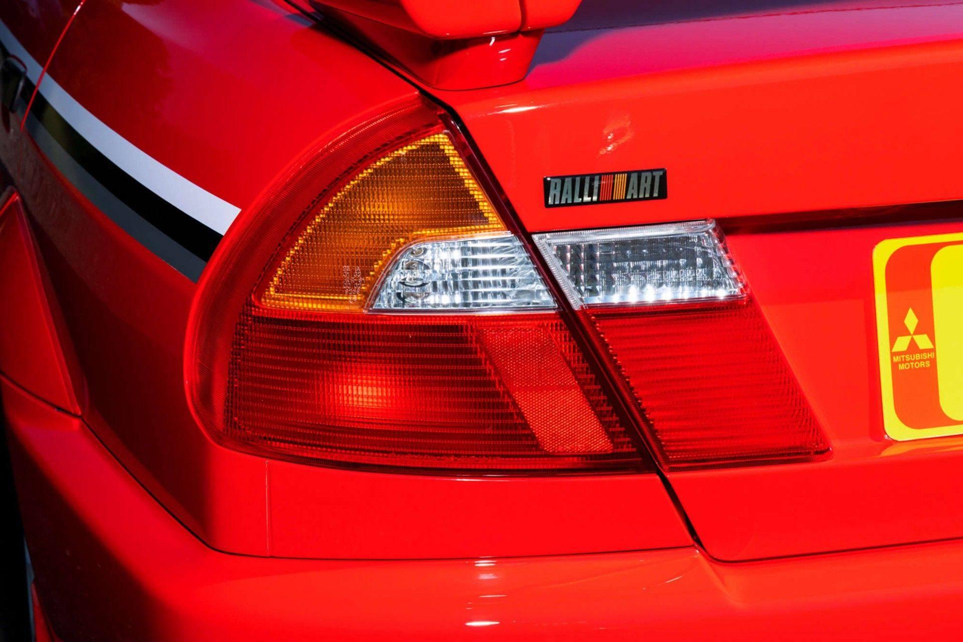 2000_Mitsubishi_Lancer_Evolution_VI_Tommi_Makinen_Edition_sale-0029