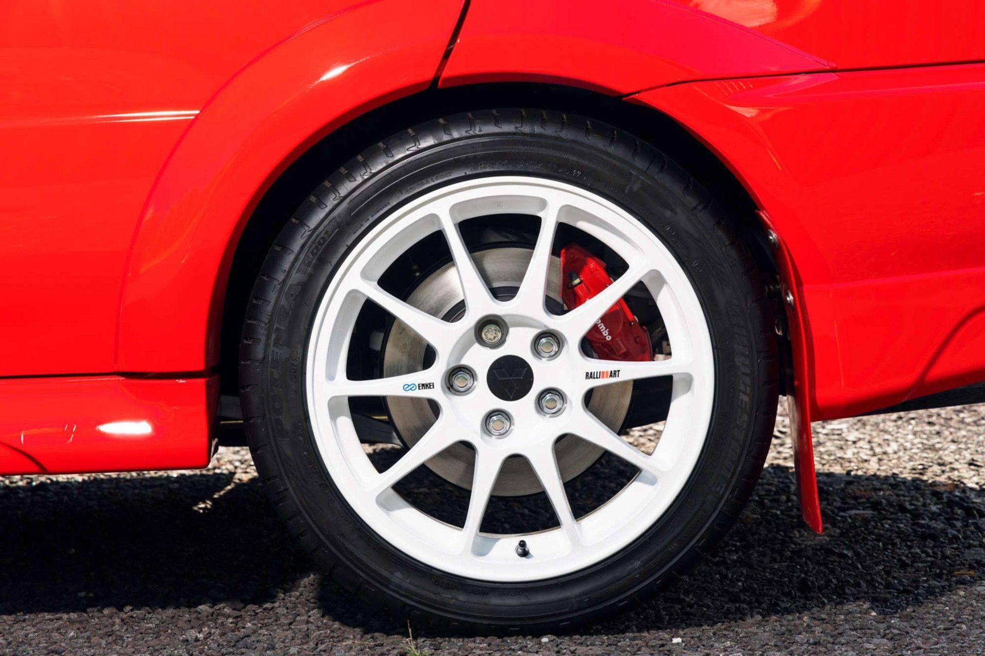 2000_Mitsubishi_Lancer_Evolution_VI_Tommi_Makinen_Edition_sale-0032