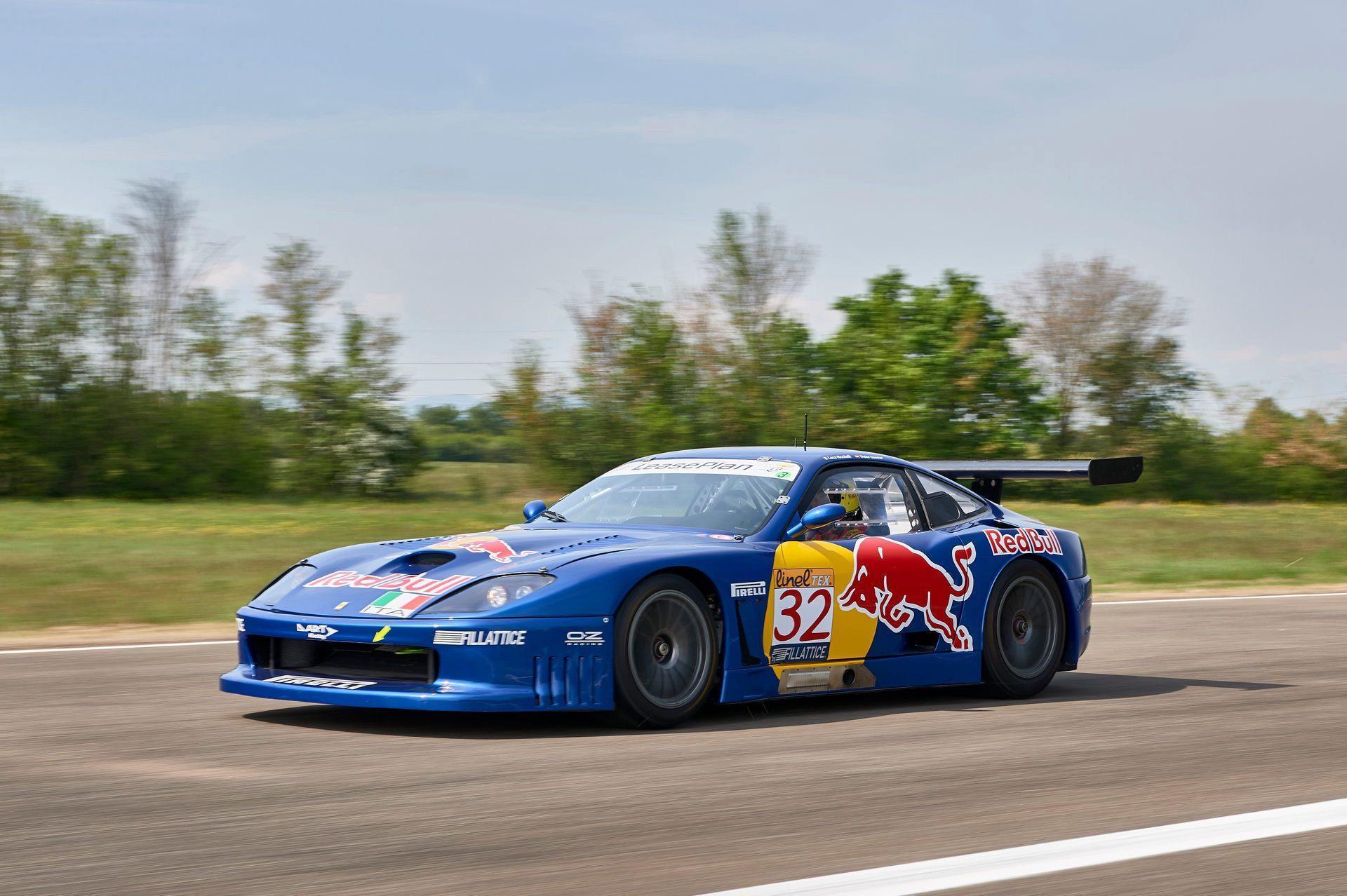 2001_Ferrari_550_GT1_sale-0000