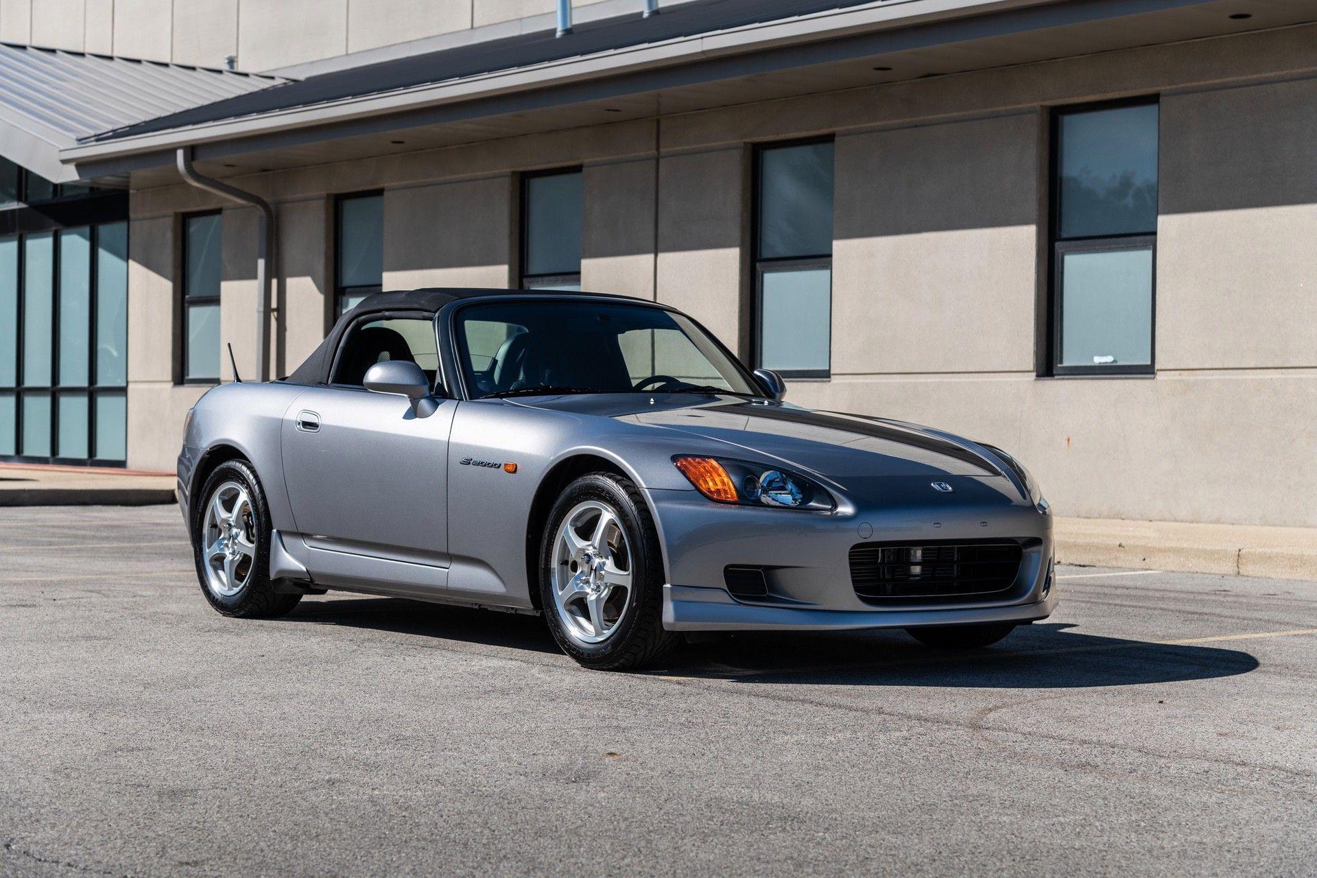 2001-Honda-S2000-0005