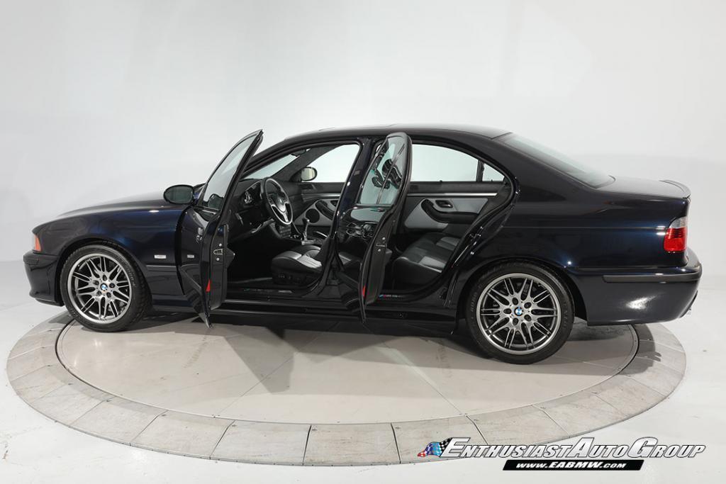2003-BMW-M5-E39-11