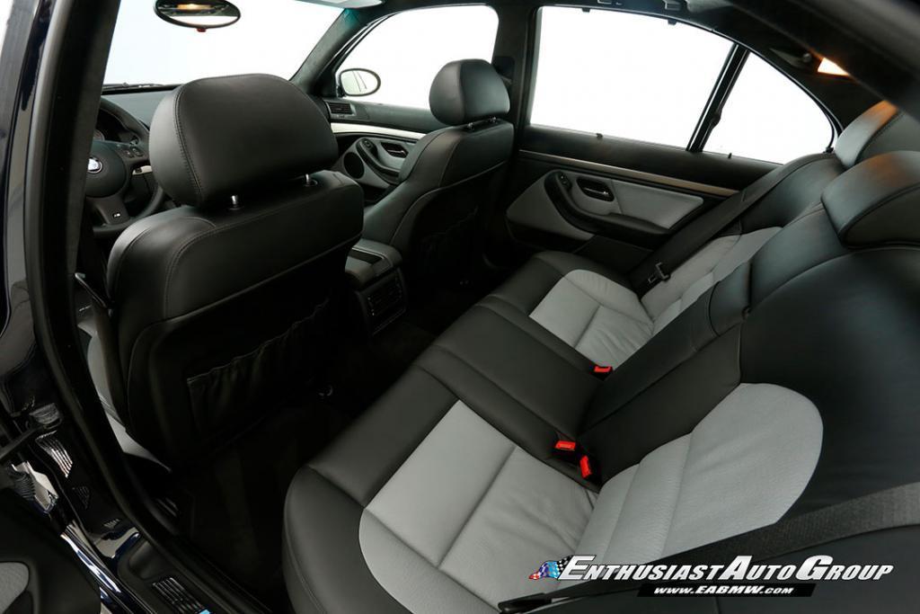 2003-BMW-M5-E39-12