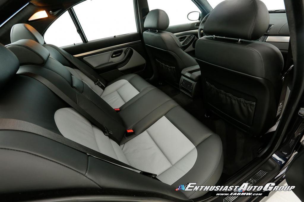 2003-BMW-M5-E39-20