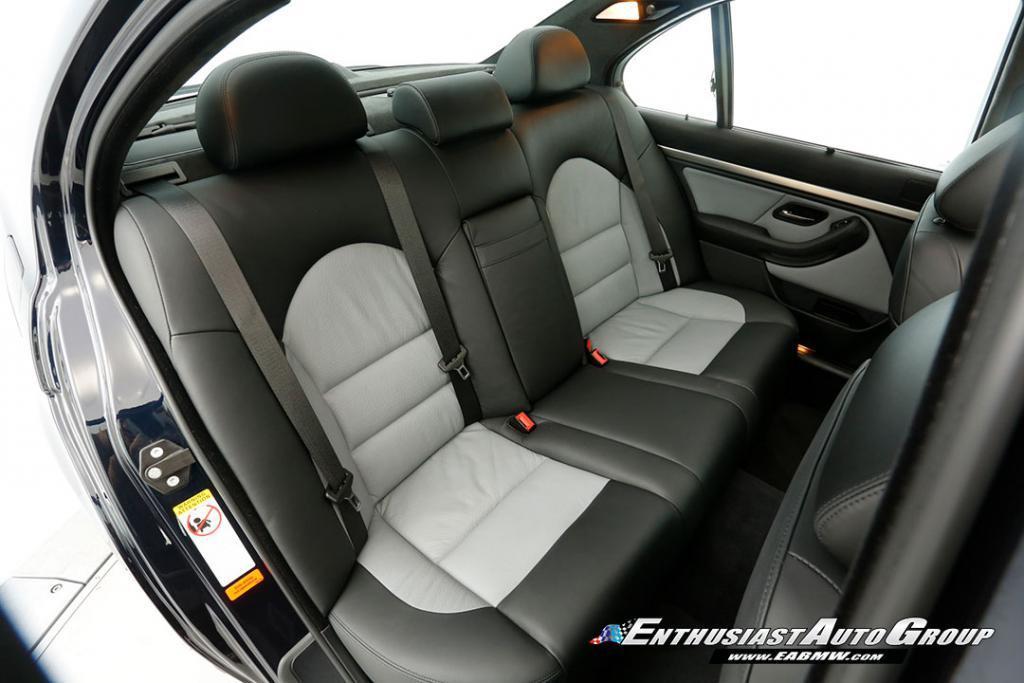 2003-BMW-M5-E39-21