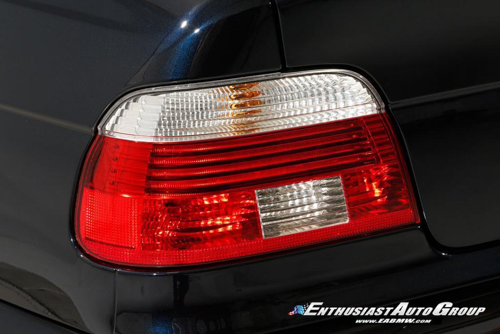 2003-BMW-M5-E39-29