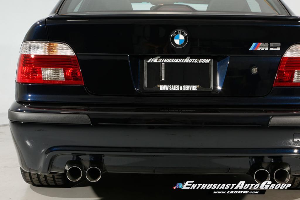 2003-BMW-M5-E39-30