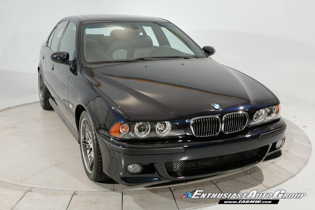 2003-BMW-M5-E39-32