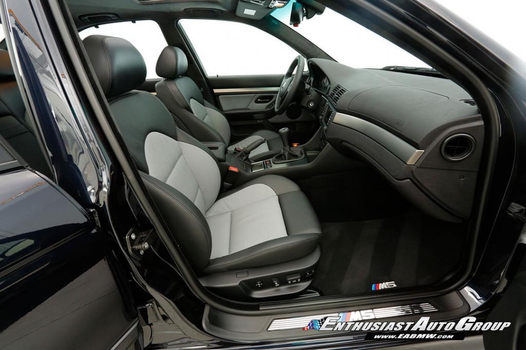 2003-BMW-M5-E39-41