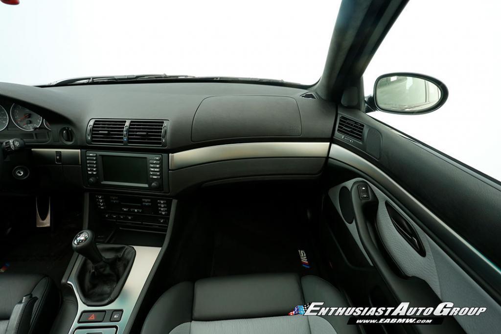 2003-BMW-M5-E39-42