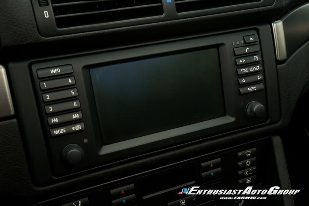 2003-BMW-M5-E39-45