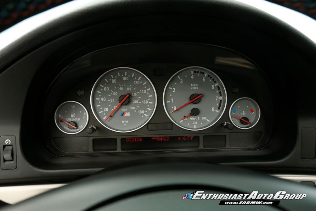 2003-BMW-M5-E39-47
