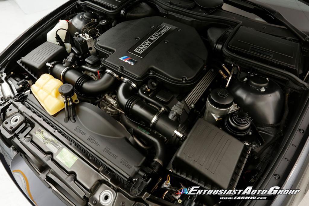 2003-BMW-M5-E39-9