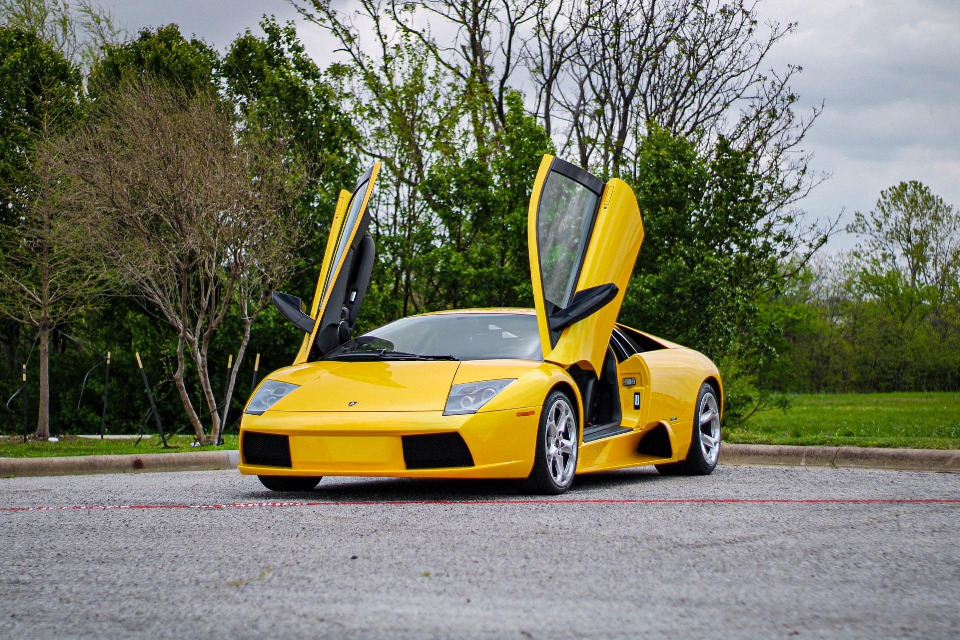 2003_Lamborghini_Murcielago_manual_0000